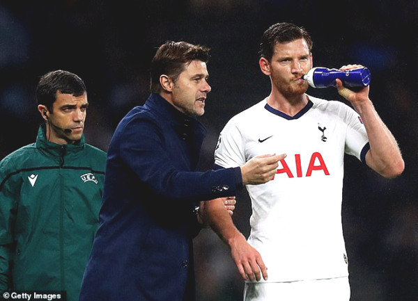 Pochettino loses patience with MU - Real, aiming for a new stop?