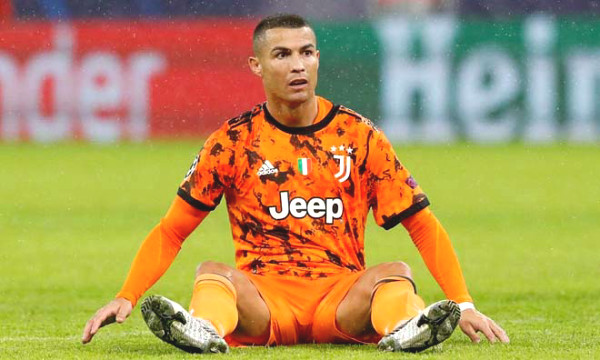 """Manchester United wants to take Ronaldo back: will 36 years old """"blockbuster"""" be Solskjaer salvation?"""