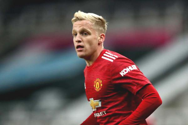 Football Hot News 13/11: Van De Beek admits he wants to be main player at MU