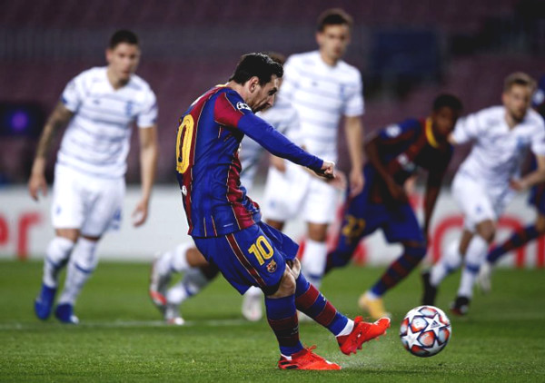 Dynamo Kyiv - Barcelona match discussion: strike fast win fast, win ticket to proceed