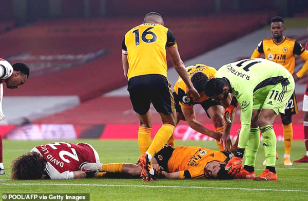 Horror of the Premier League: David Luiz uses the first public, why wolves unconscious