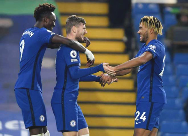 Giroud Perfect Poker: Chelsea has 7-star attack lineup, 13/17 matches with goals