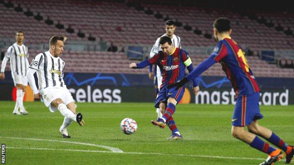 Messi shot 11 times with 0 goal, setting a sad record.