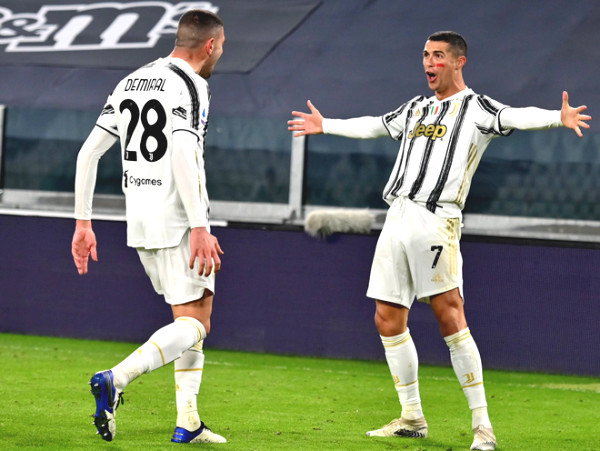 Barcelona - Juventus: Ronaldo shines brightly, Messi's disappointment (C1 trophy result)