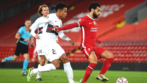 Direct football Midtjylland - Liverpool: Minamino is stripped of the goal (run out of time)