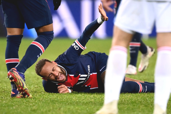 Neymar hospitalized in tears and is at risk of abandoning Champions League, how heavy was the injury?