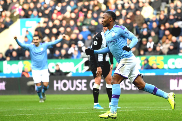 "Premier League ""Boxing Day"" score prediction: MU defeats Leicester, Arsenal causes shock?"