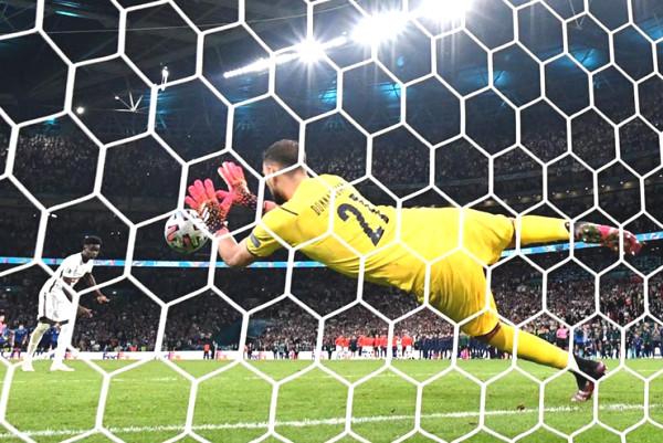 Super goalkeeper Donnarumma helped Italia to win Euro championship: Win 100% penalty shootout
