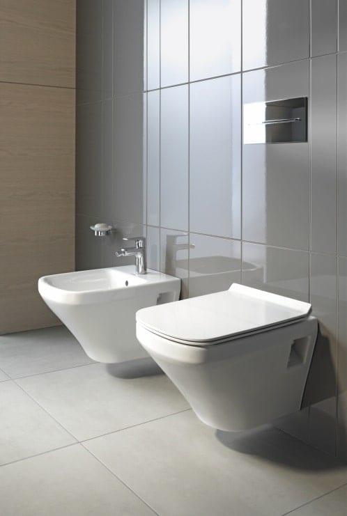 Køb Duravit Durastyle væghængt toilet kort model med rengøringsvenlig overflade 613220010