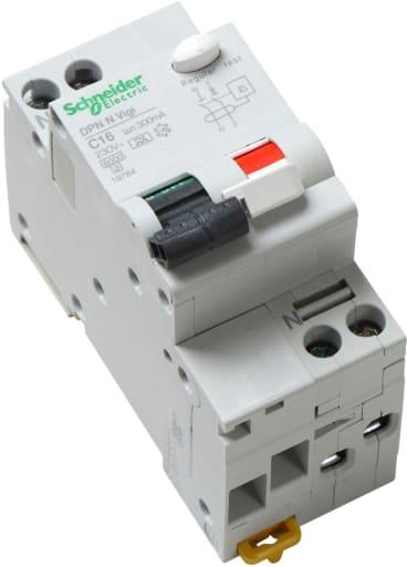 Schneider HPFI kombirelæ 1P+0