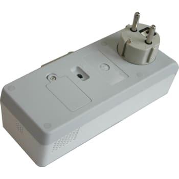 Ungdommelige GSM Micro til stikkontakt QW63