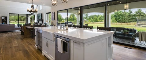 Versa Homes - Custom Home Builds & Renovations