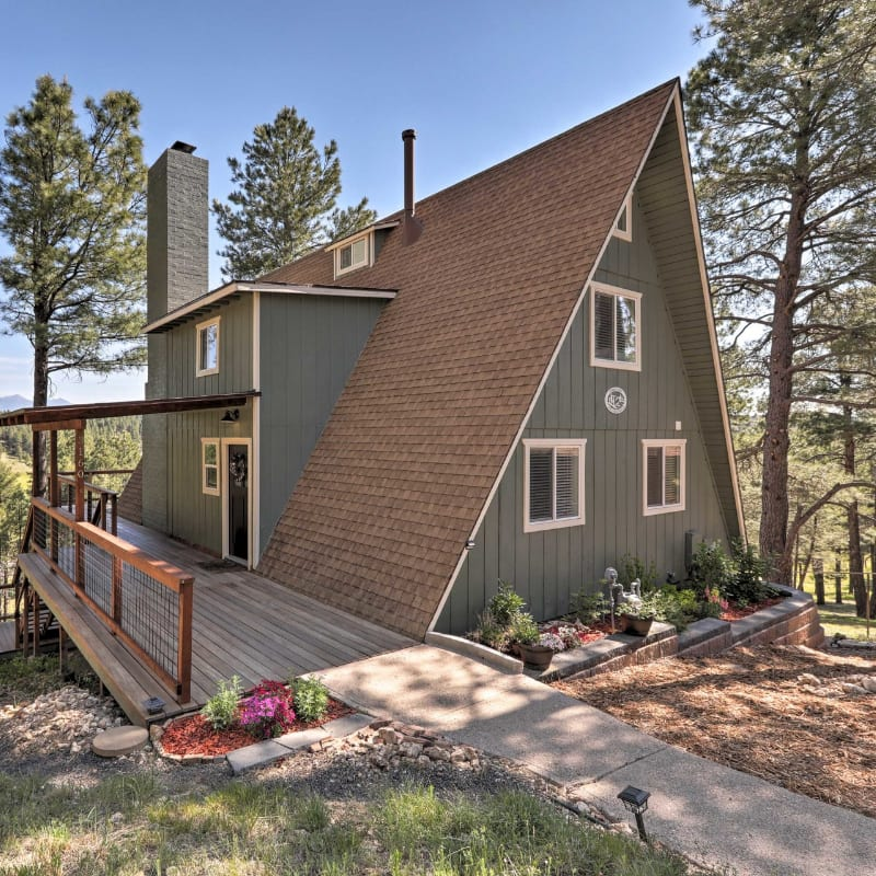 Spacious A-Frame vacation rental cabin with views in Flagstaff, Arizona