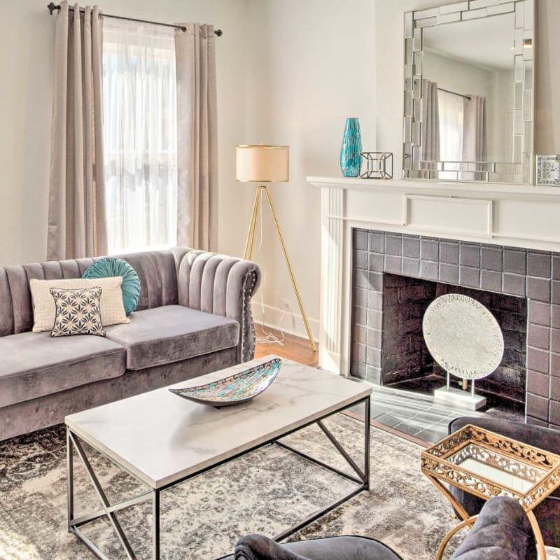 Living room with fireplace in downtown Forth Worth, Texas