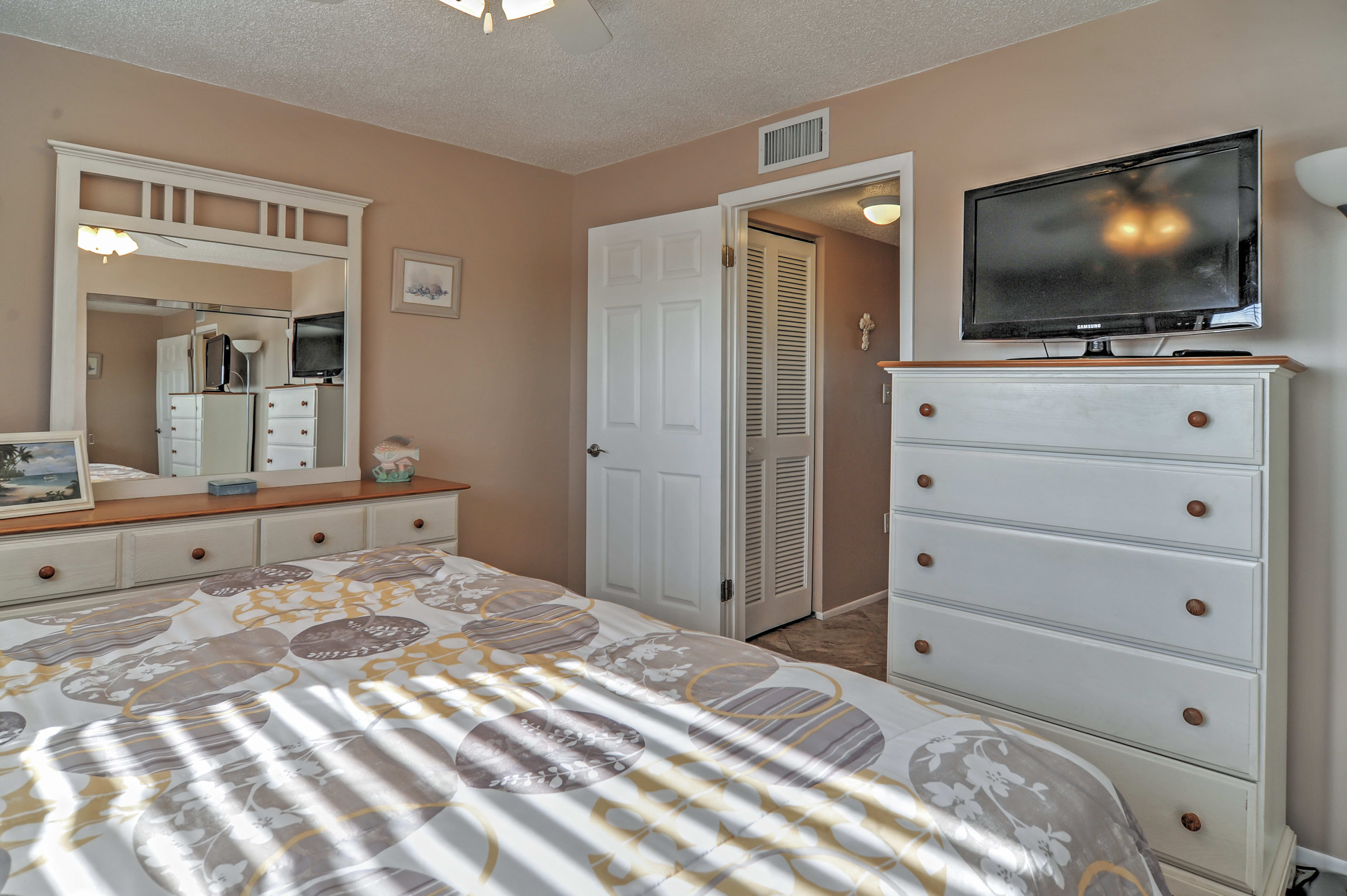 The bedroom has a flat screen TV for your entertainment.