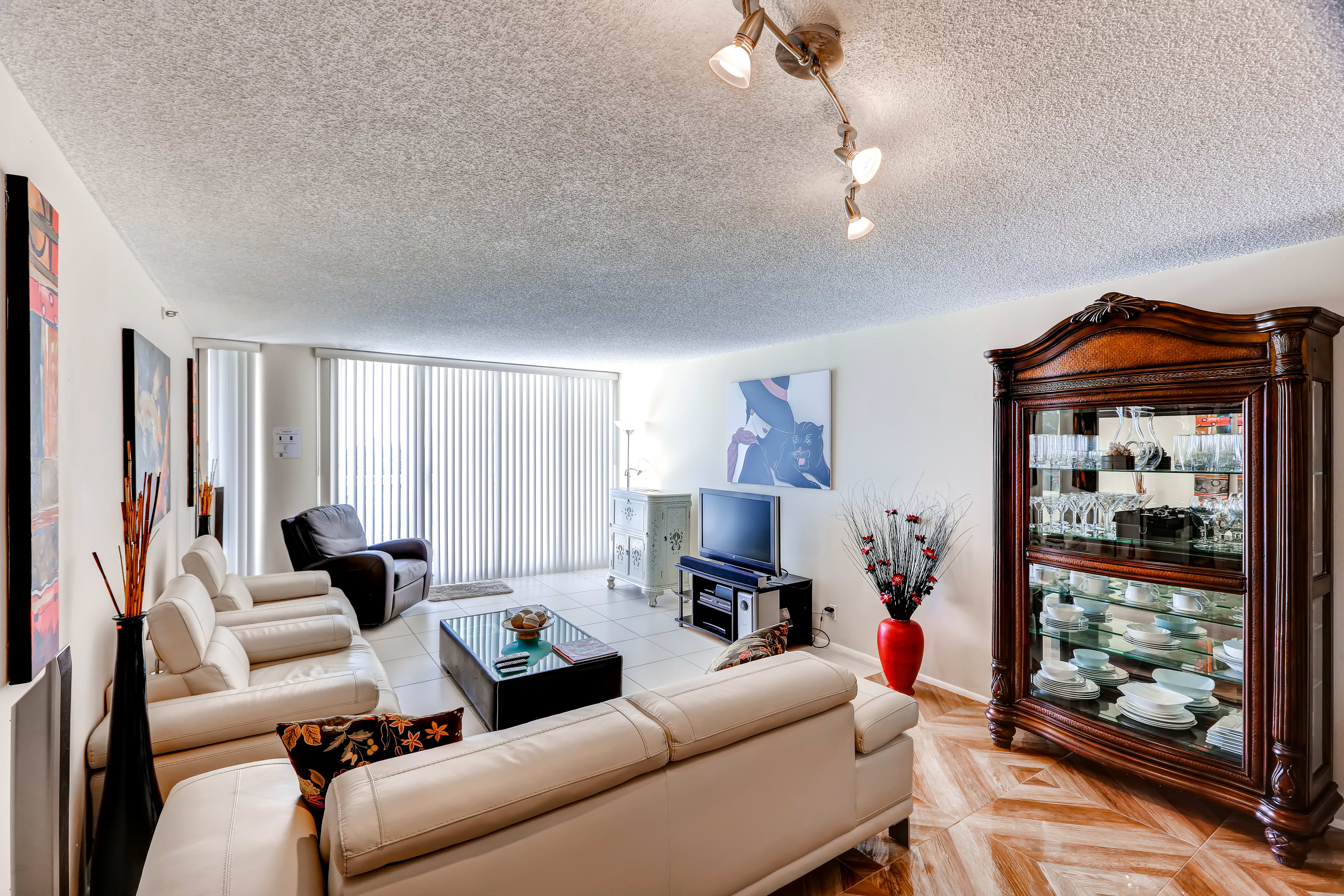 The open living room has plenty of room for your whole group.