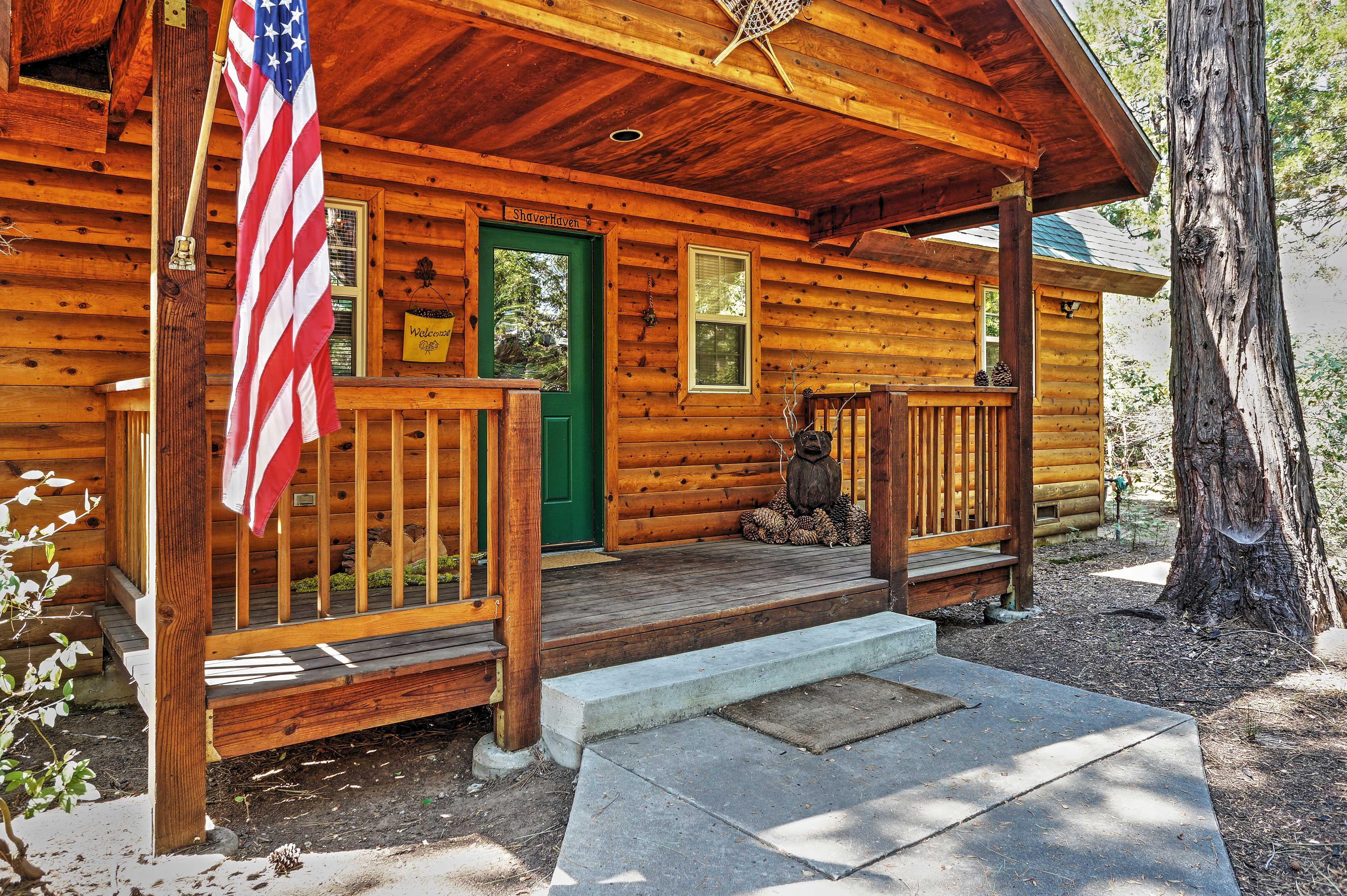 Cabin Exterior | Keyless Entry