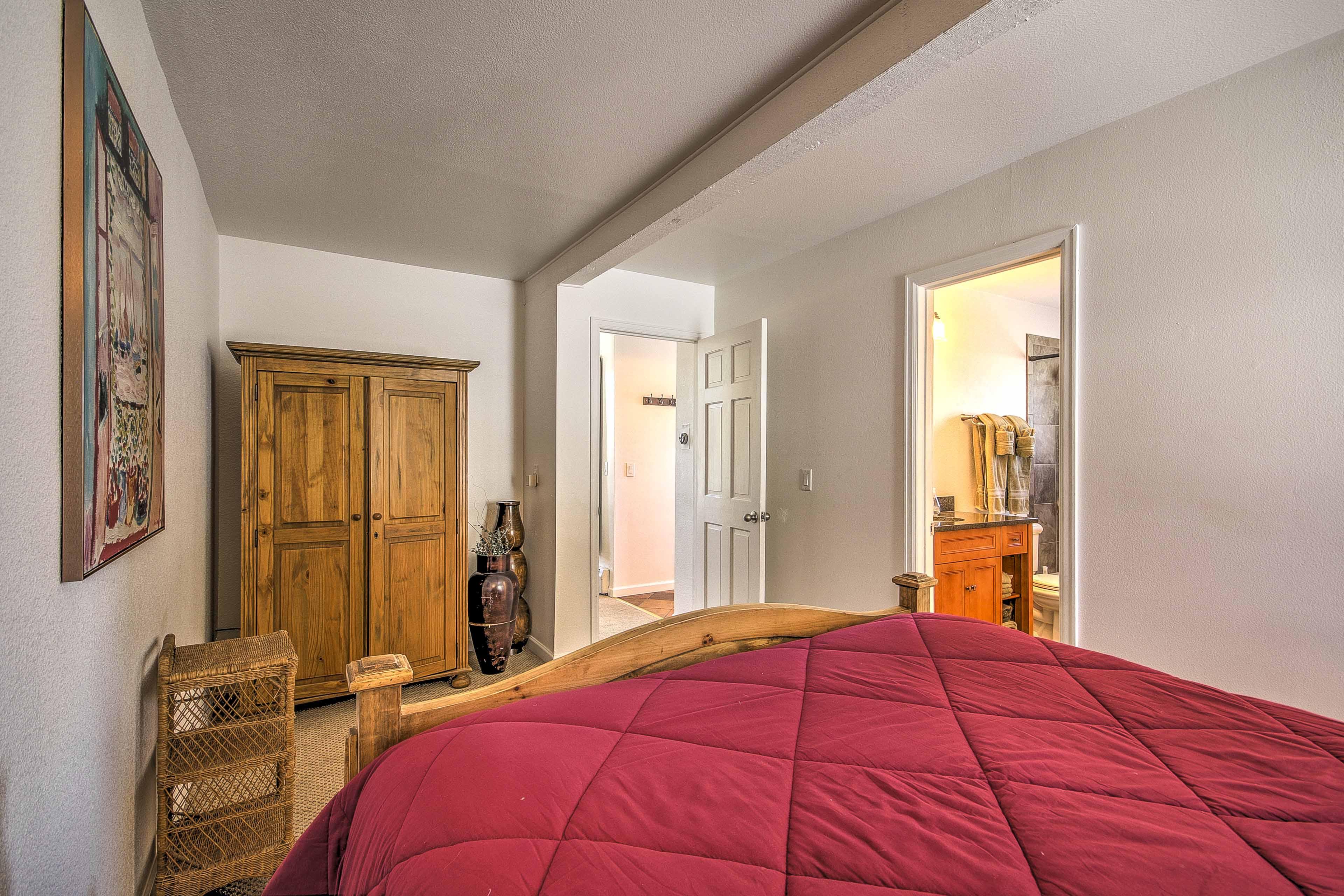 Enjoy the perks of an en-suite bathroom.
