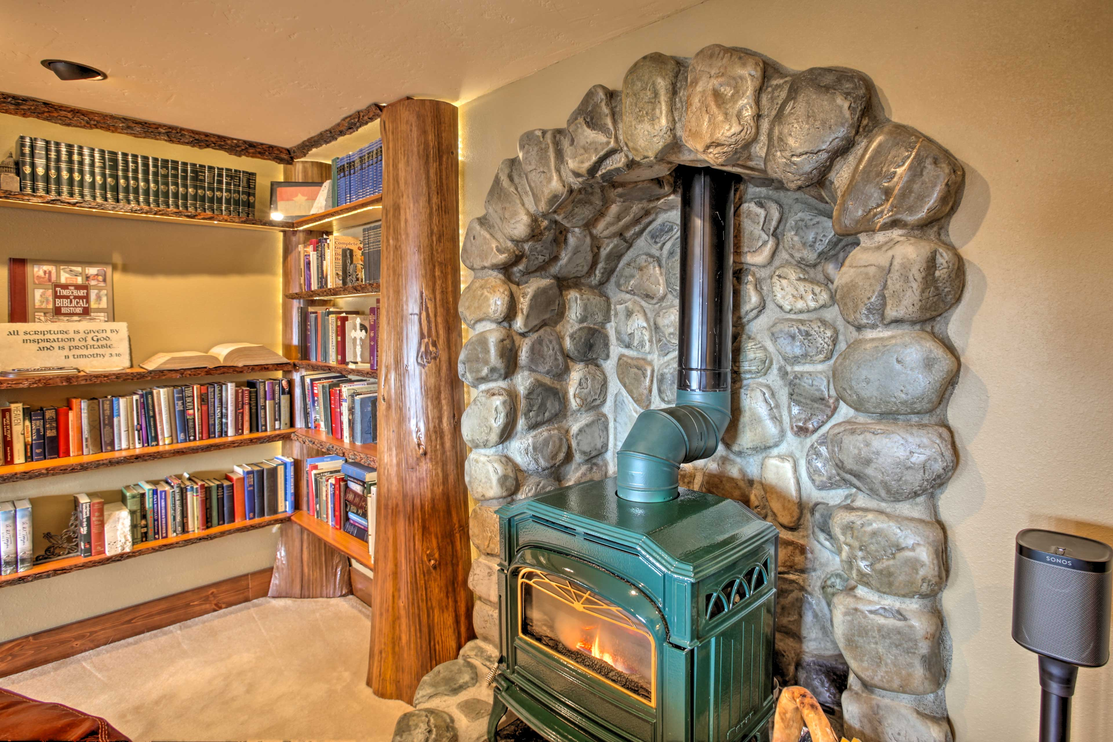 Family Room | Electric Stove