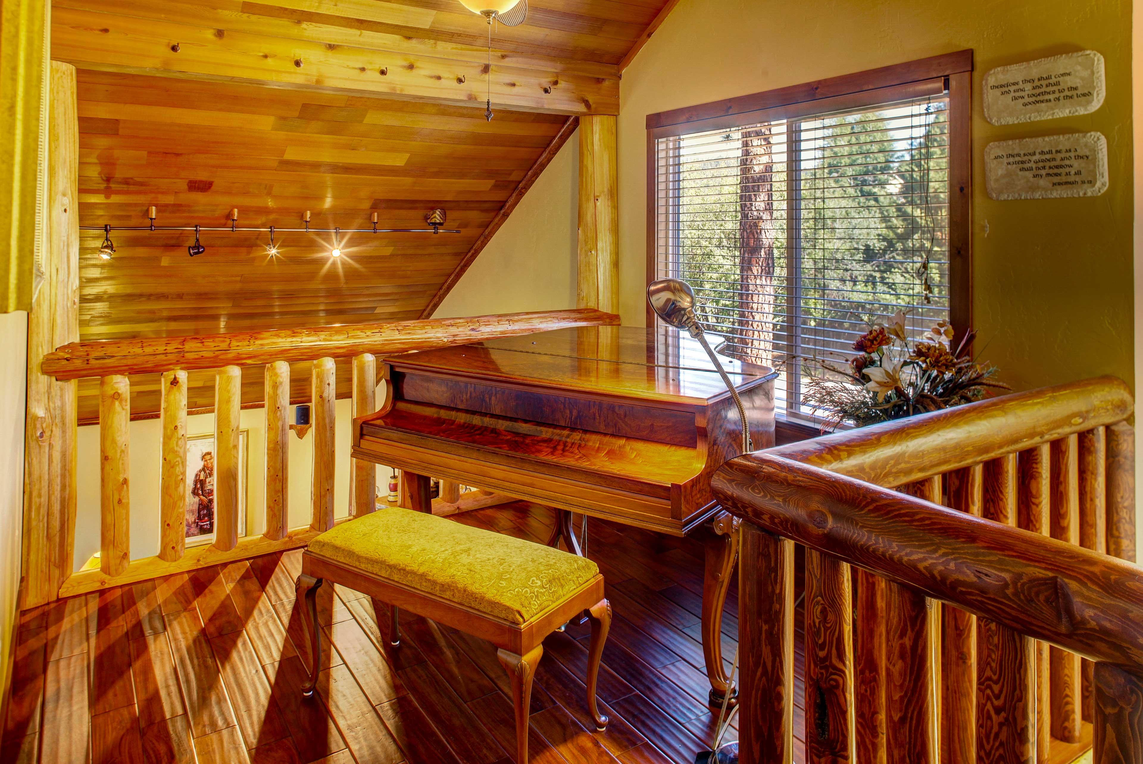 Loft | Piano