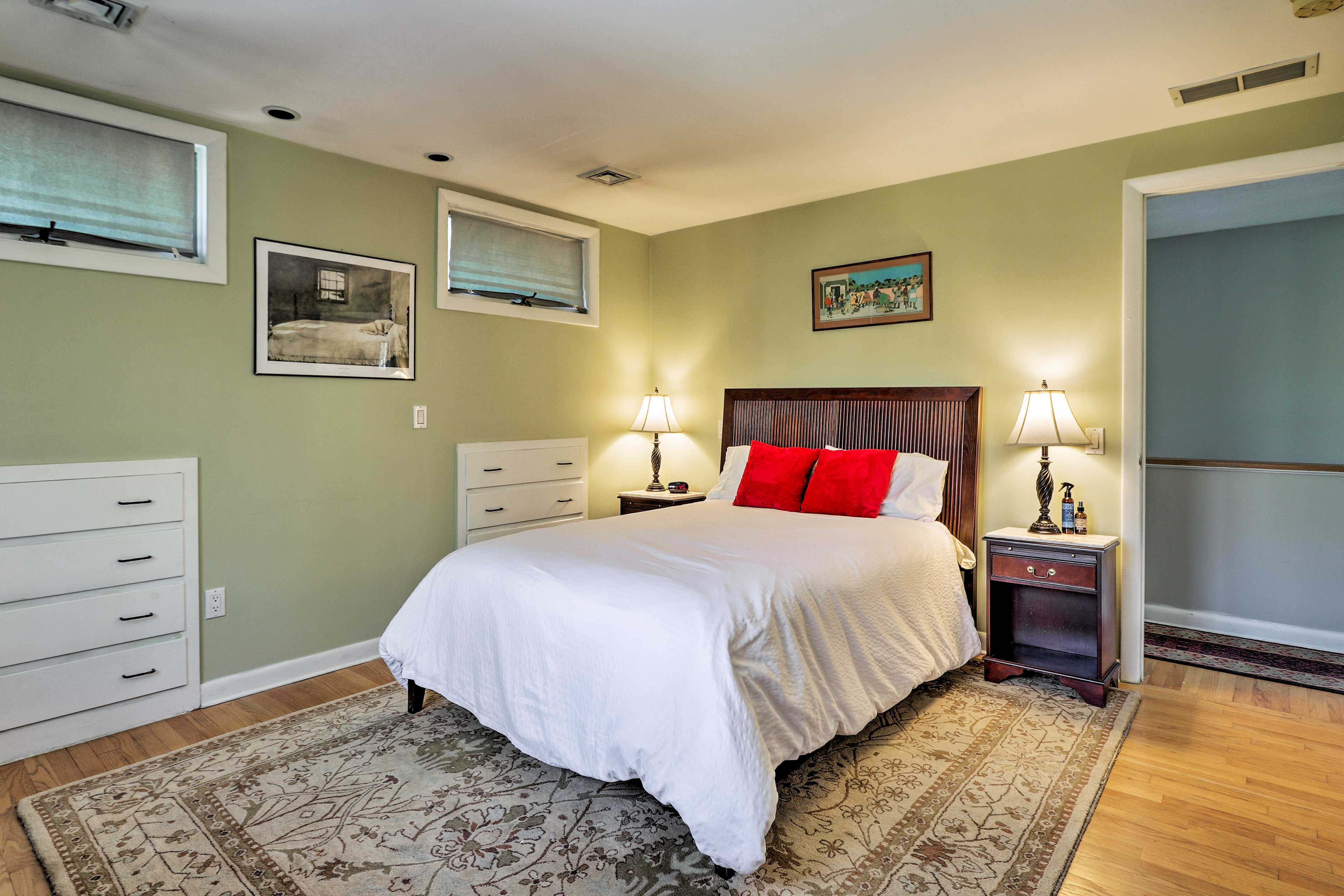 A full bed is also featured in this bedroom.