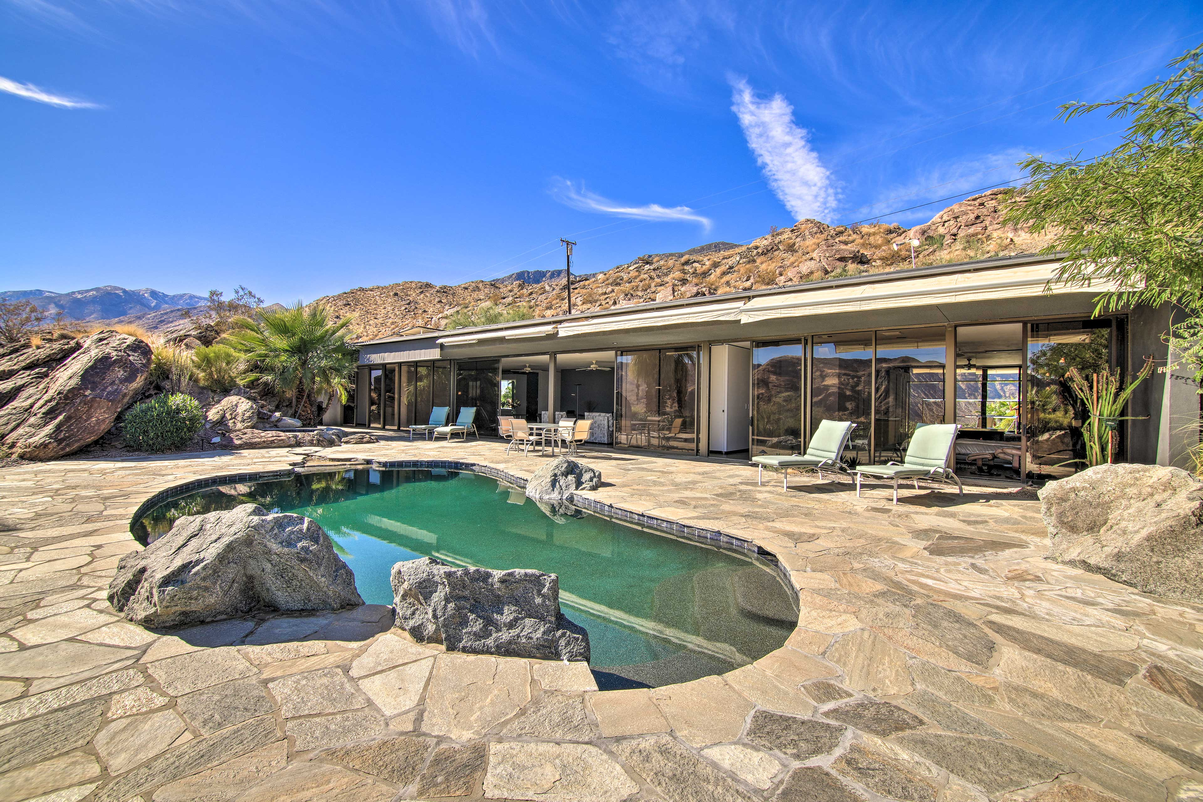Private Outdoor Oasis | Panoramic Mountain Views
