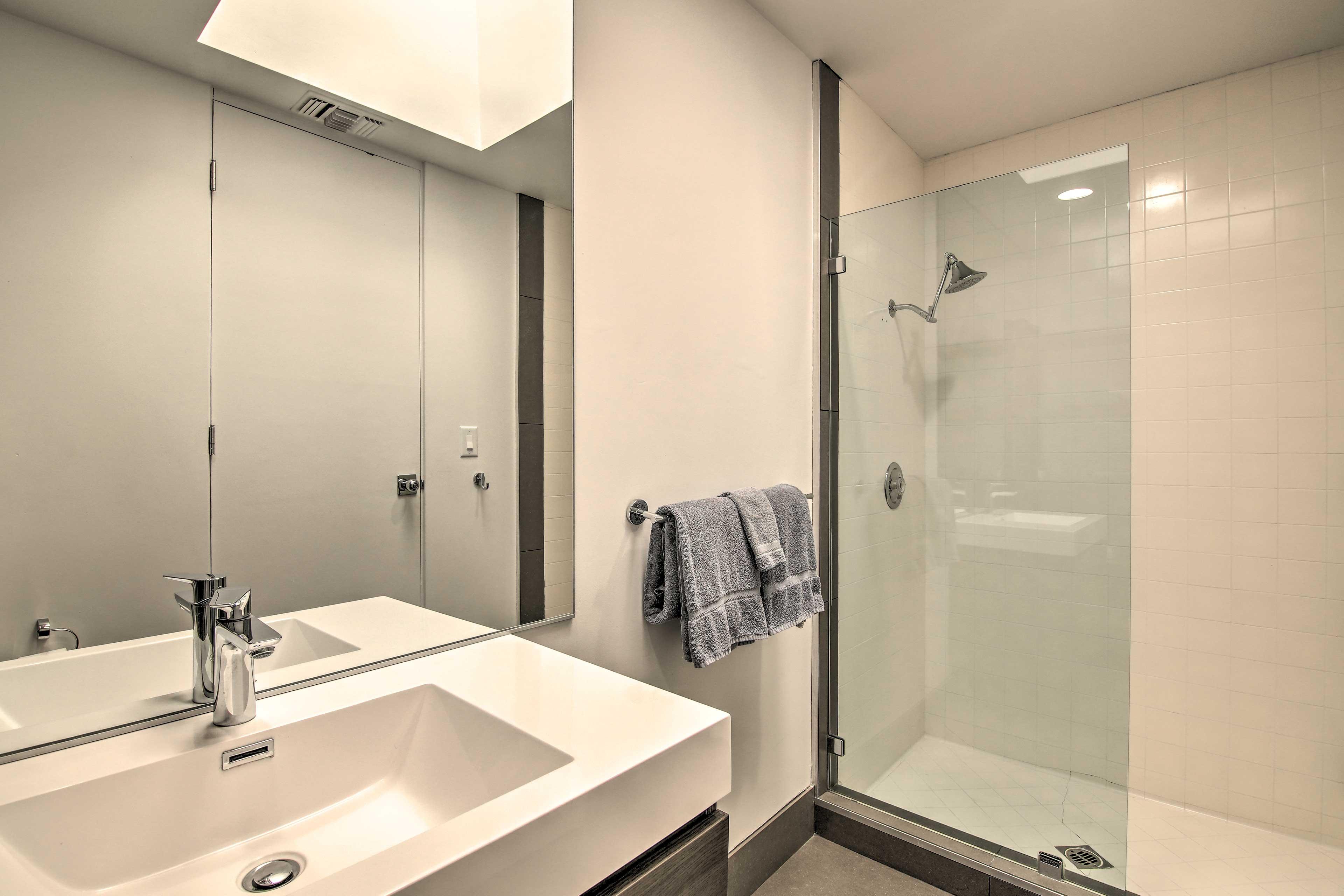 Bathroom | Towels Provided | Complimentary Toiletries