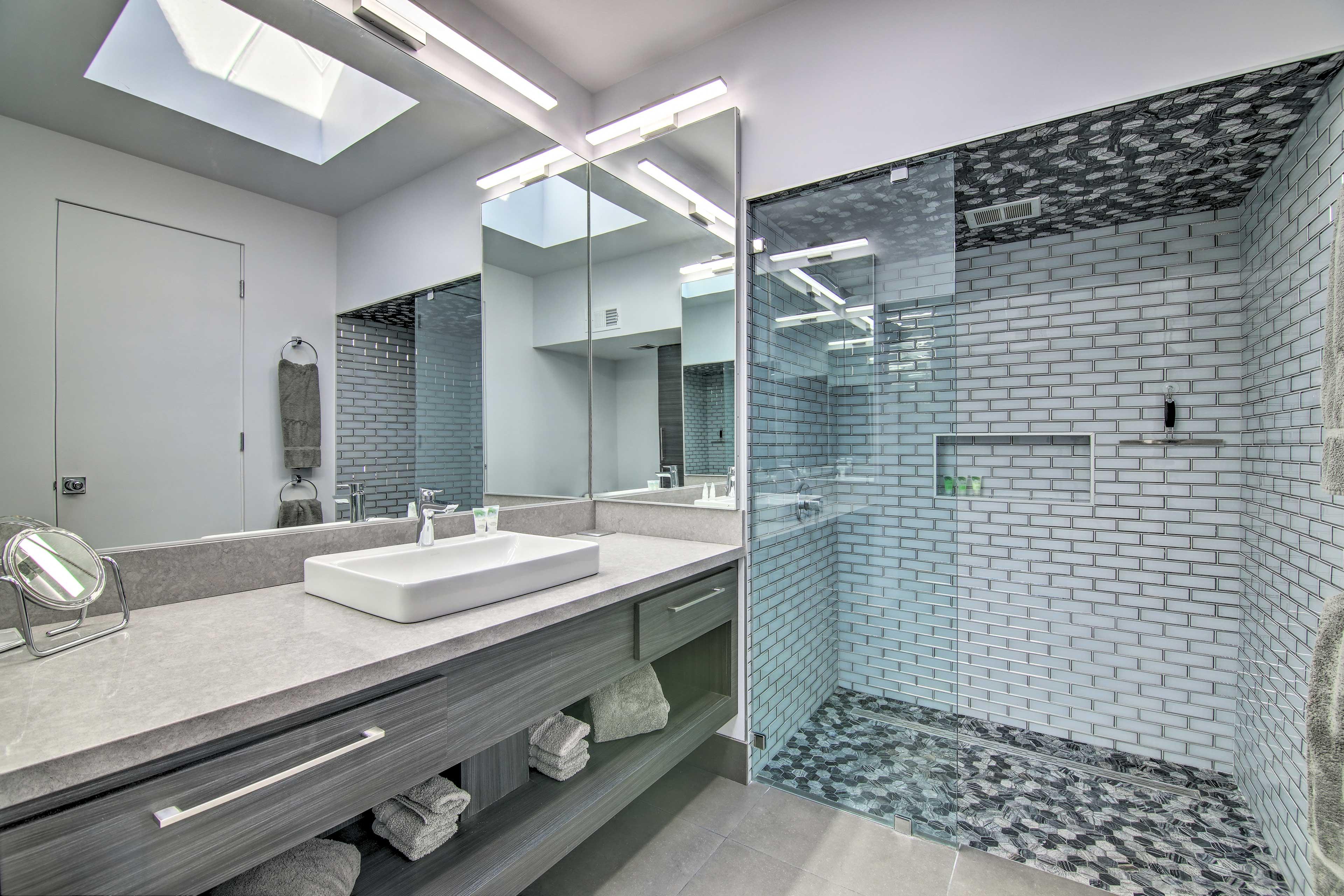 Bathroom | Walk-In Shower | Towels Provided | Hair Dryer