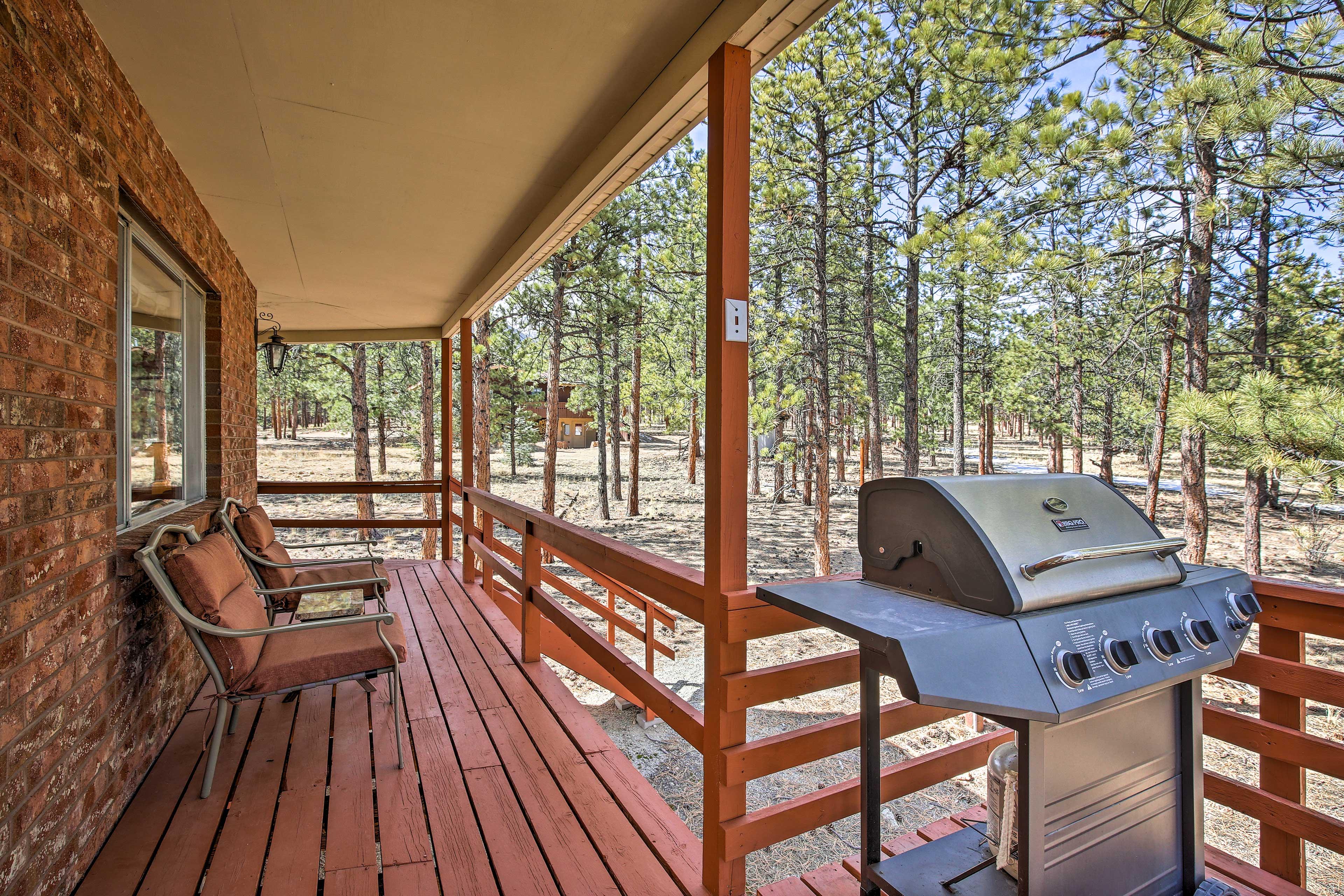 Wraparound Deck | Main Floor | Gas Grill