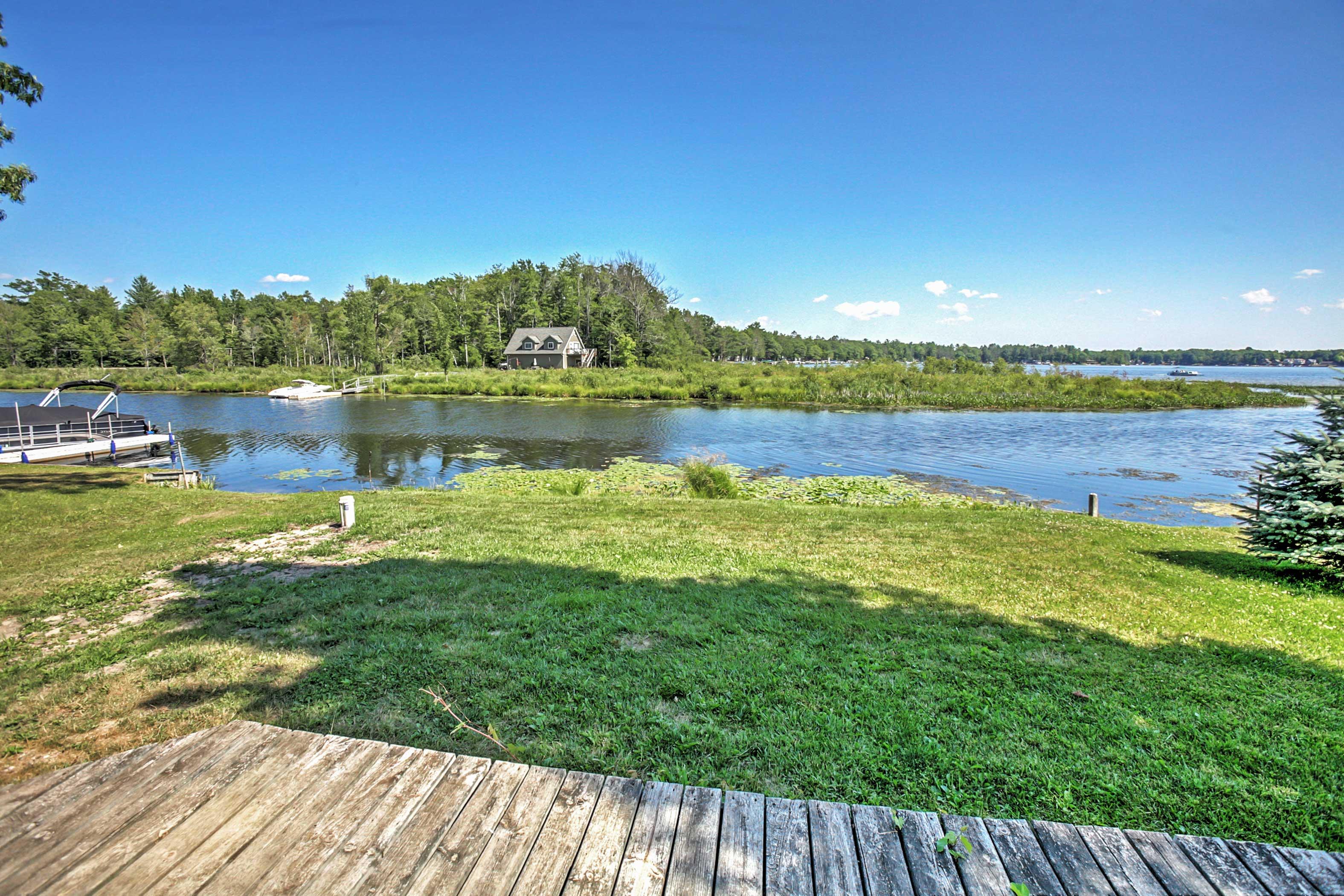 Private Yard | Lake Views