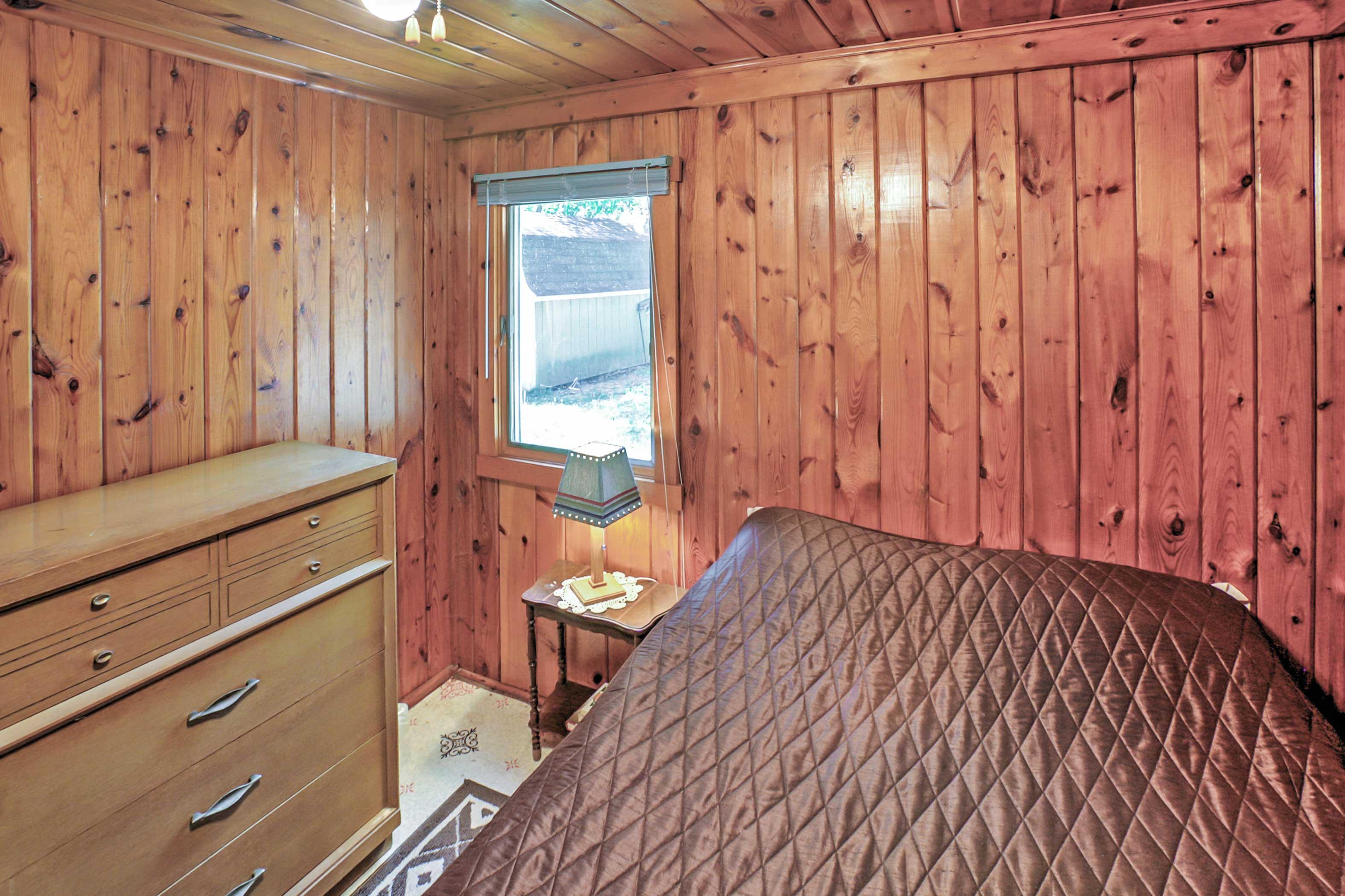 Master Bedroom | Linens Provided