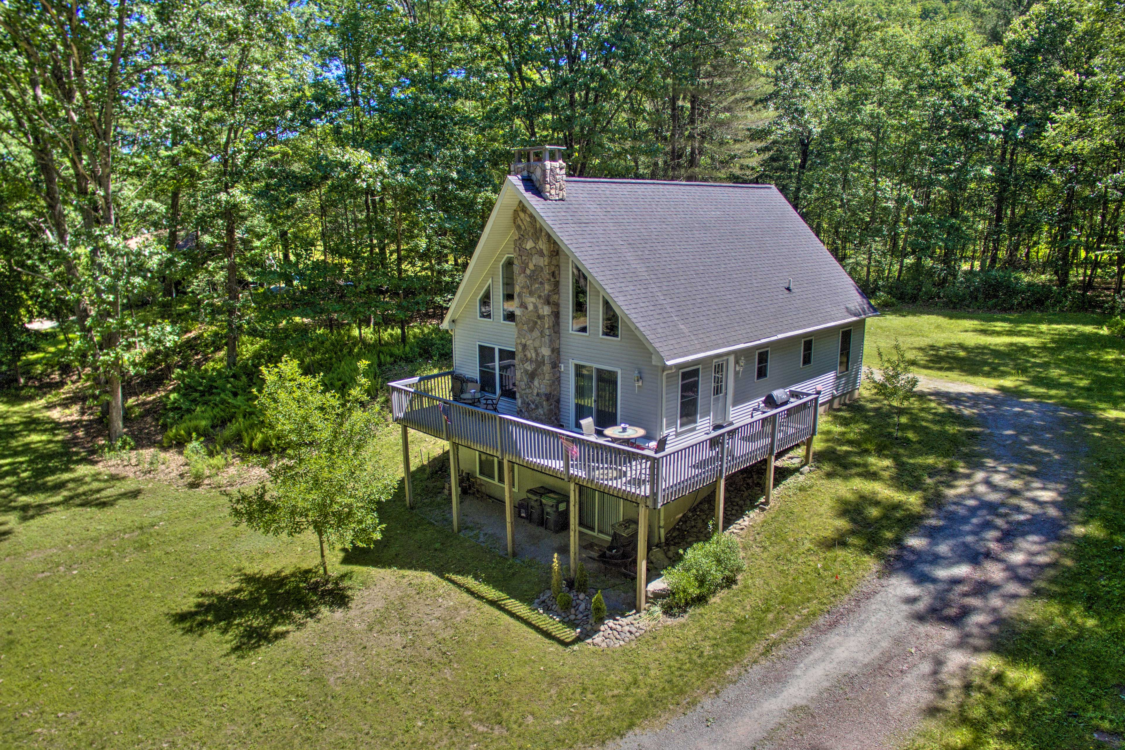Callicoon Vacation Rental   3-Story Home   2BR   1BA   1,536 Sq Ft