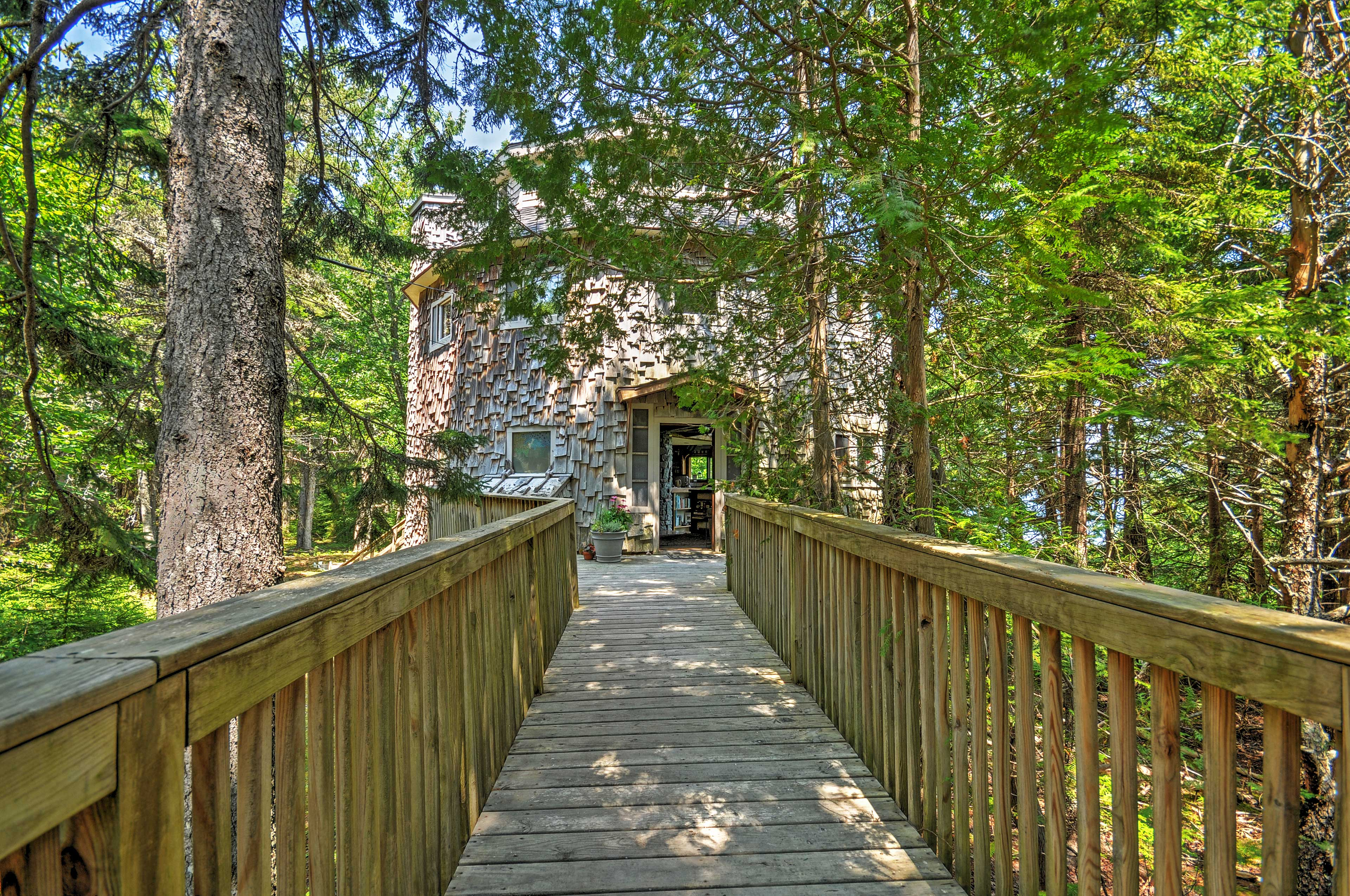 Prospect Harbor Vacation Rental | Private Cottage | 3BR | 2.5BA | 2,200 Sq Ft