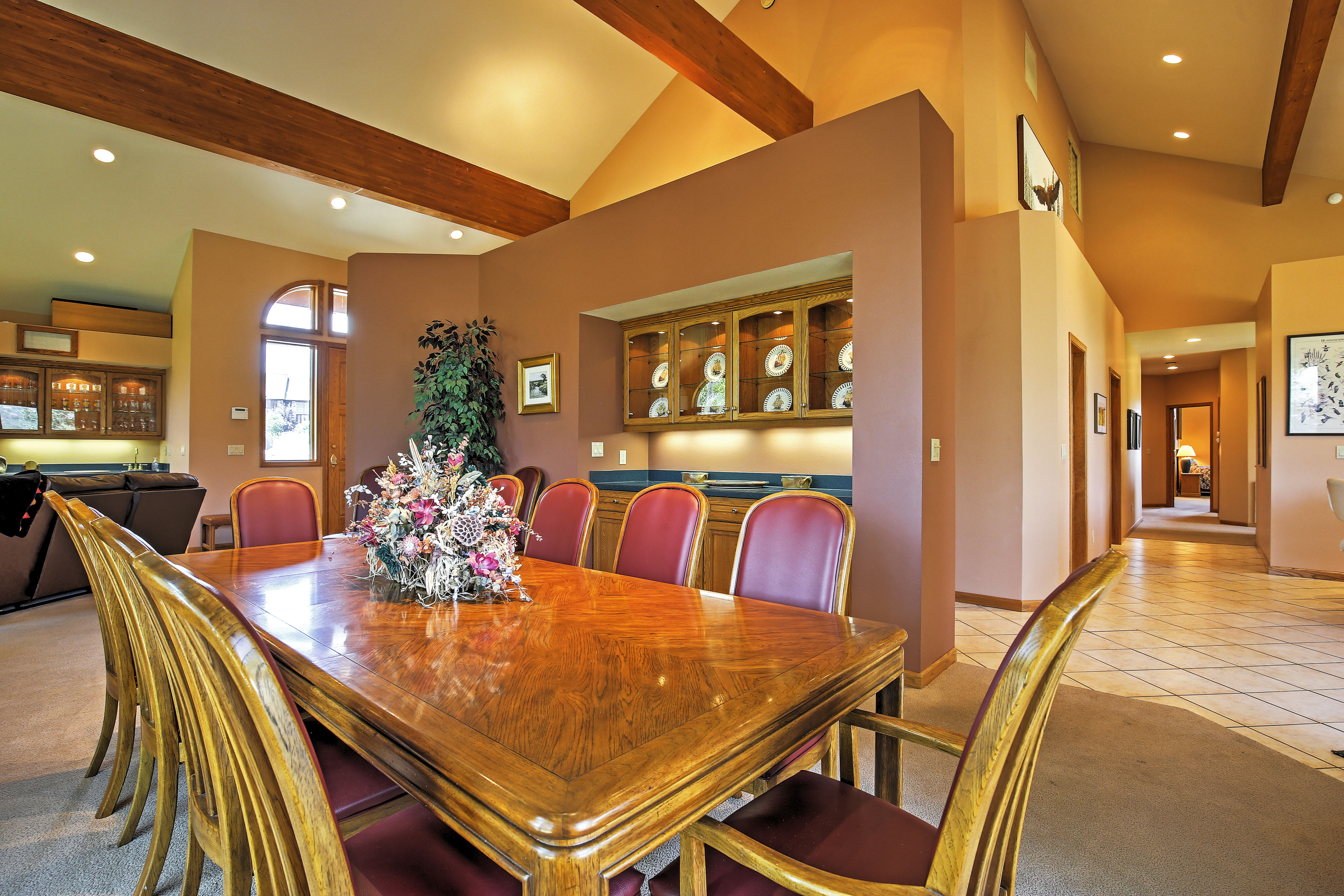 Living Room | Dining Table