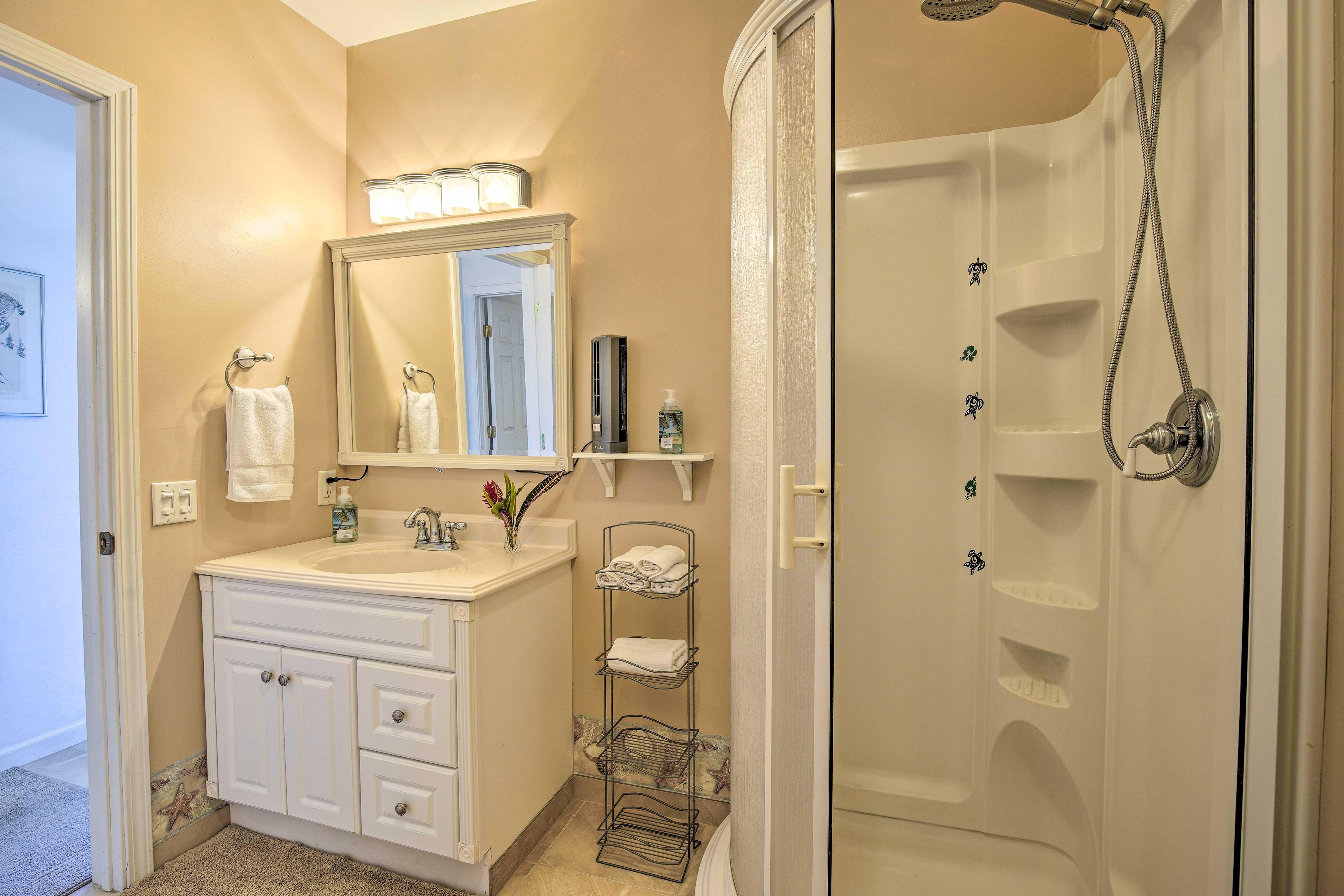 Bathroom | Towels Provided