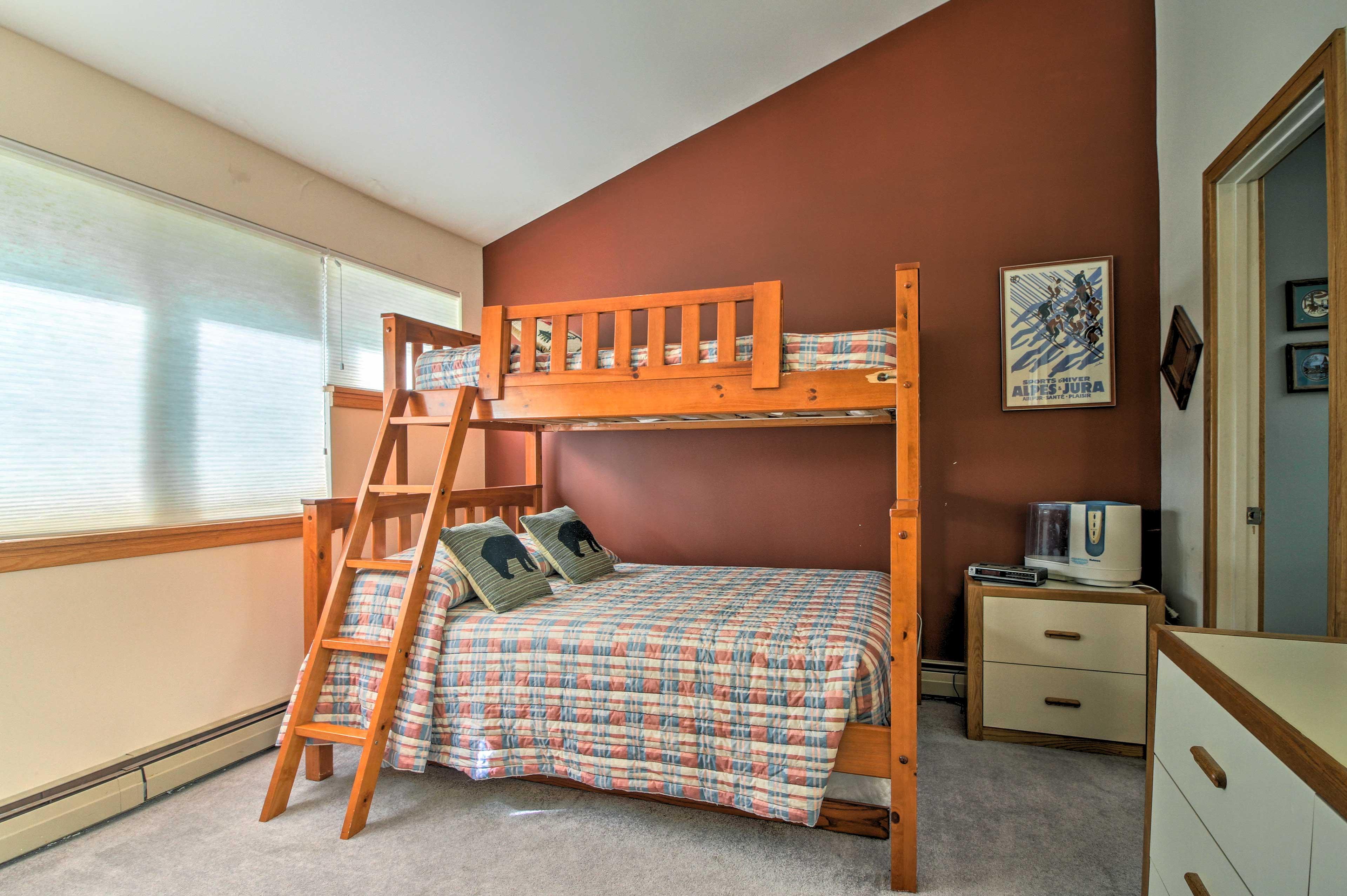 Bedroom 2 | Twin/Full Bunk Bed | Second Story | En-Suite Bathroom