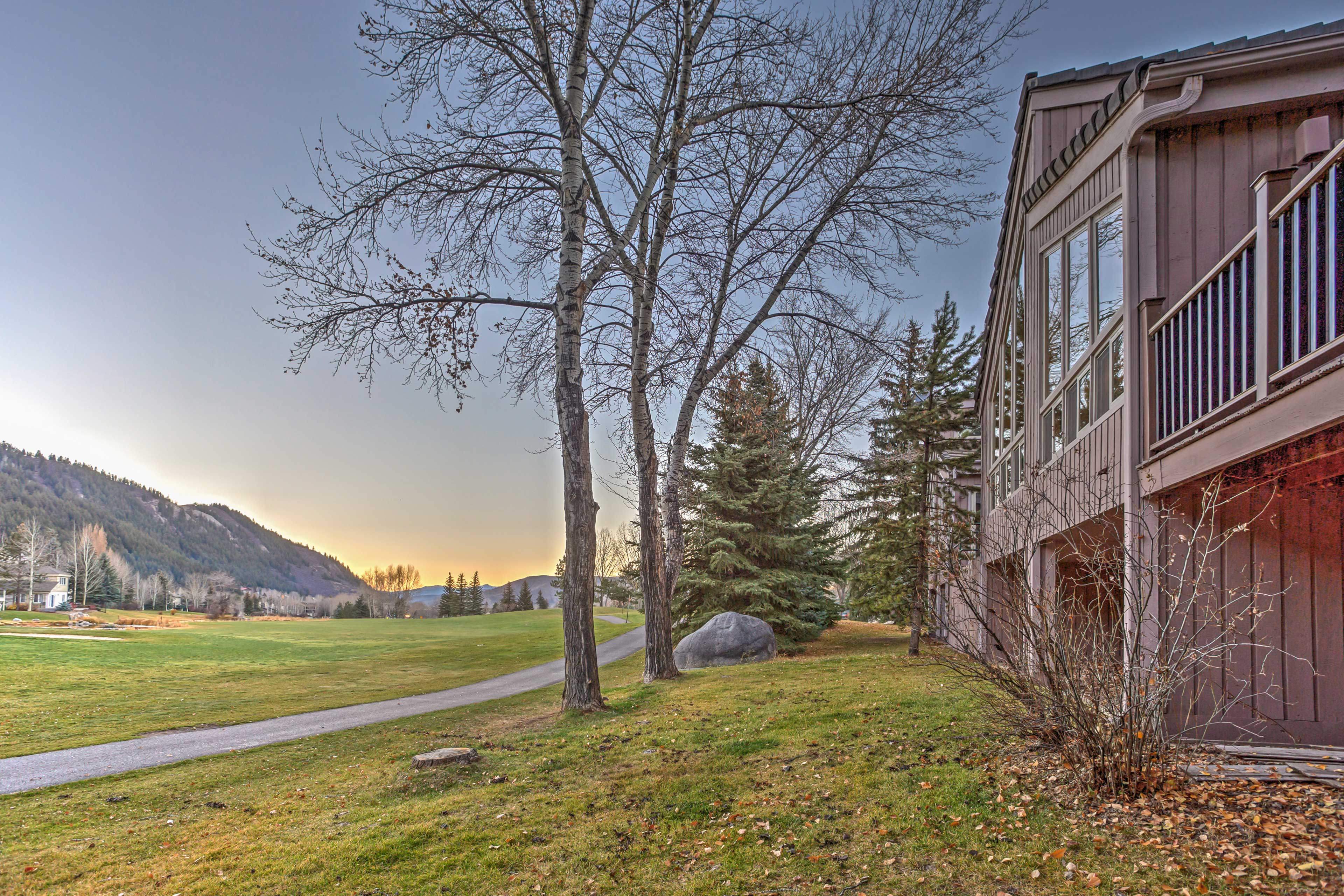Let this Avon 4-bedroom, 3-bath vacation rental house serve as your homebase!