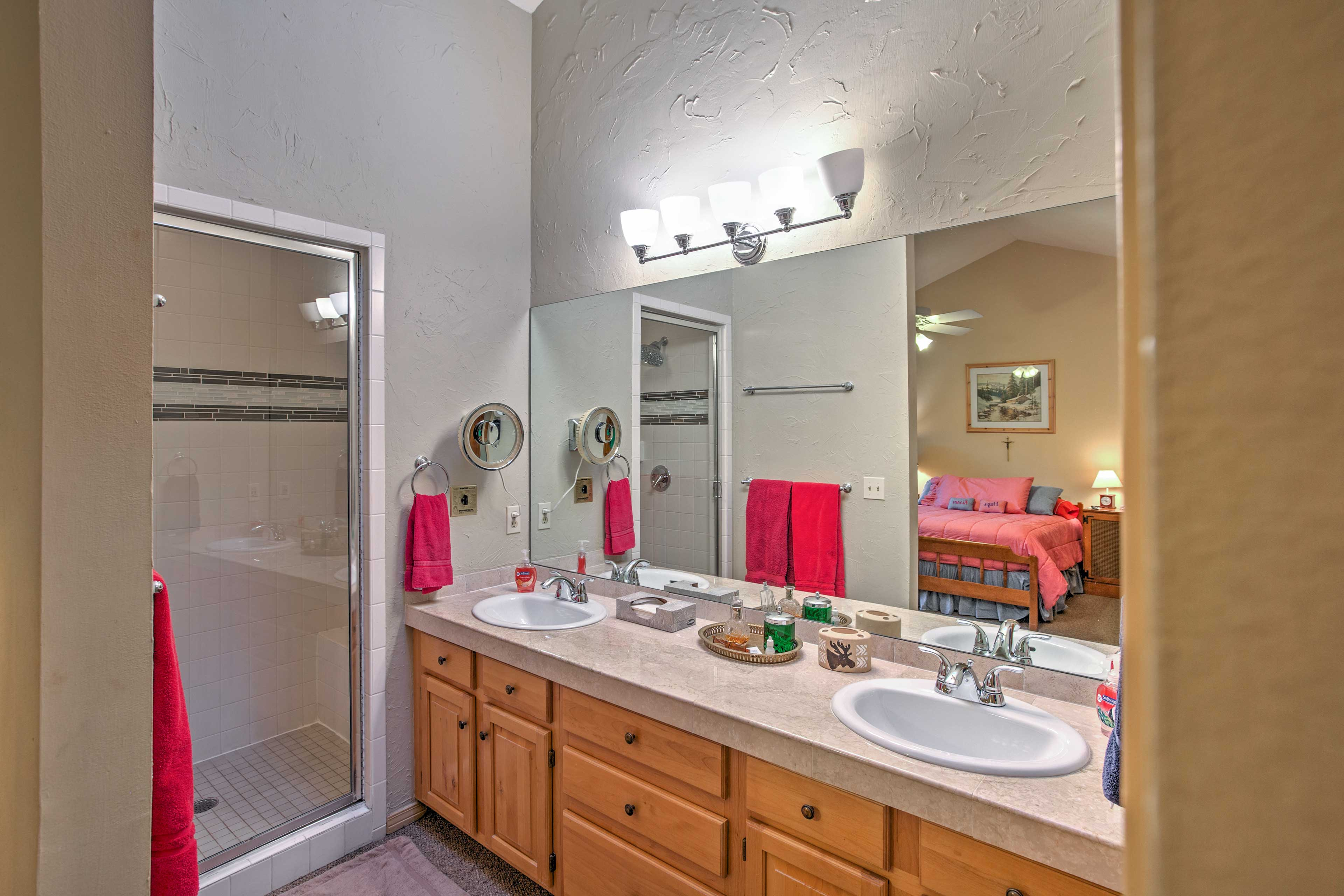 Freshen up for the day in the spacious bathroom!