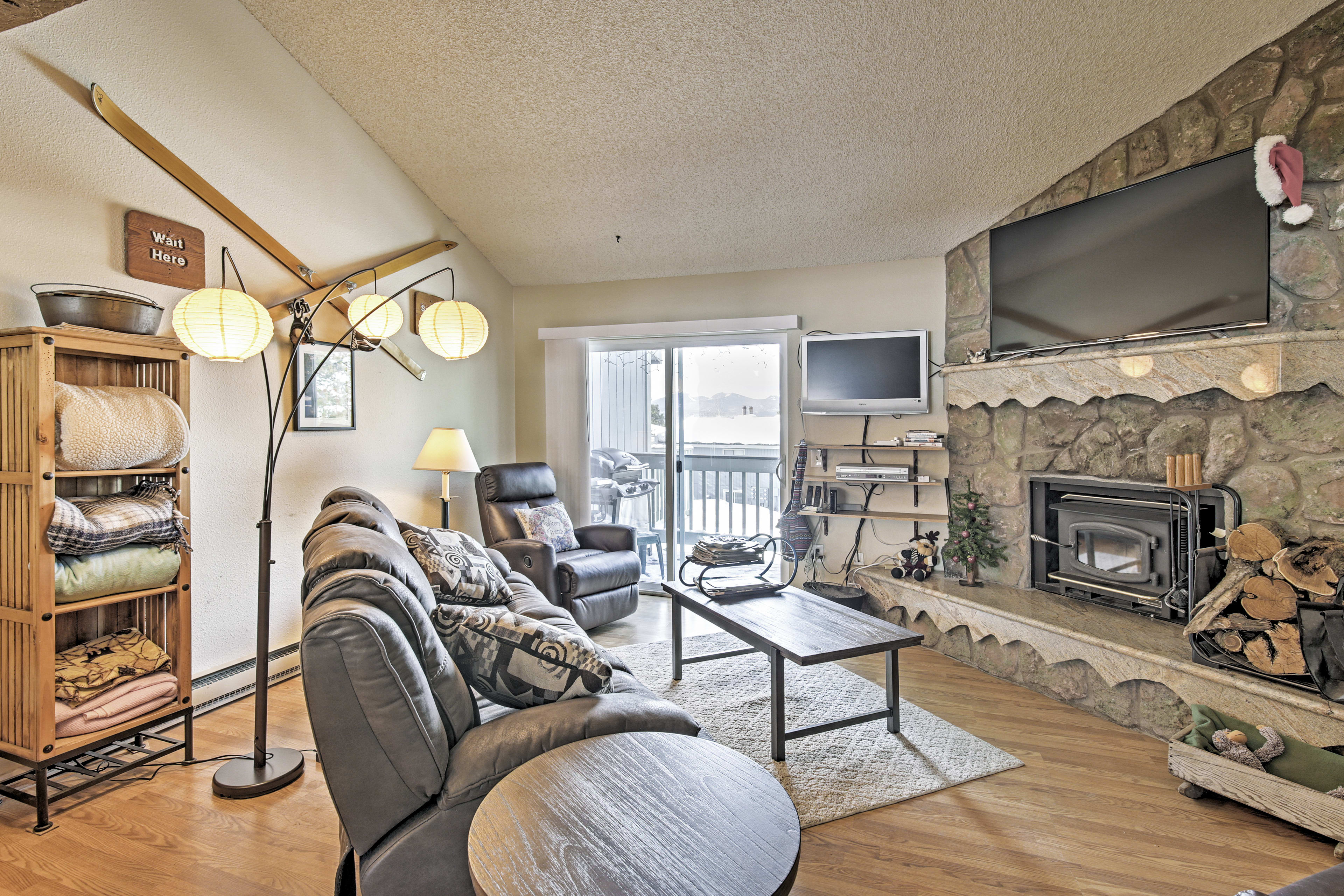 Fraser Vacation Rental | 3-Story Townhome | 3BR | 2BA | 1,200 Sq Ft