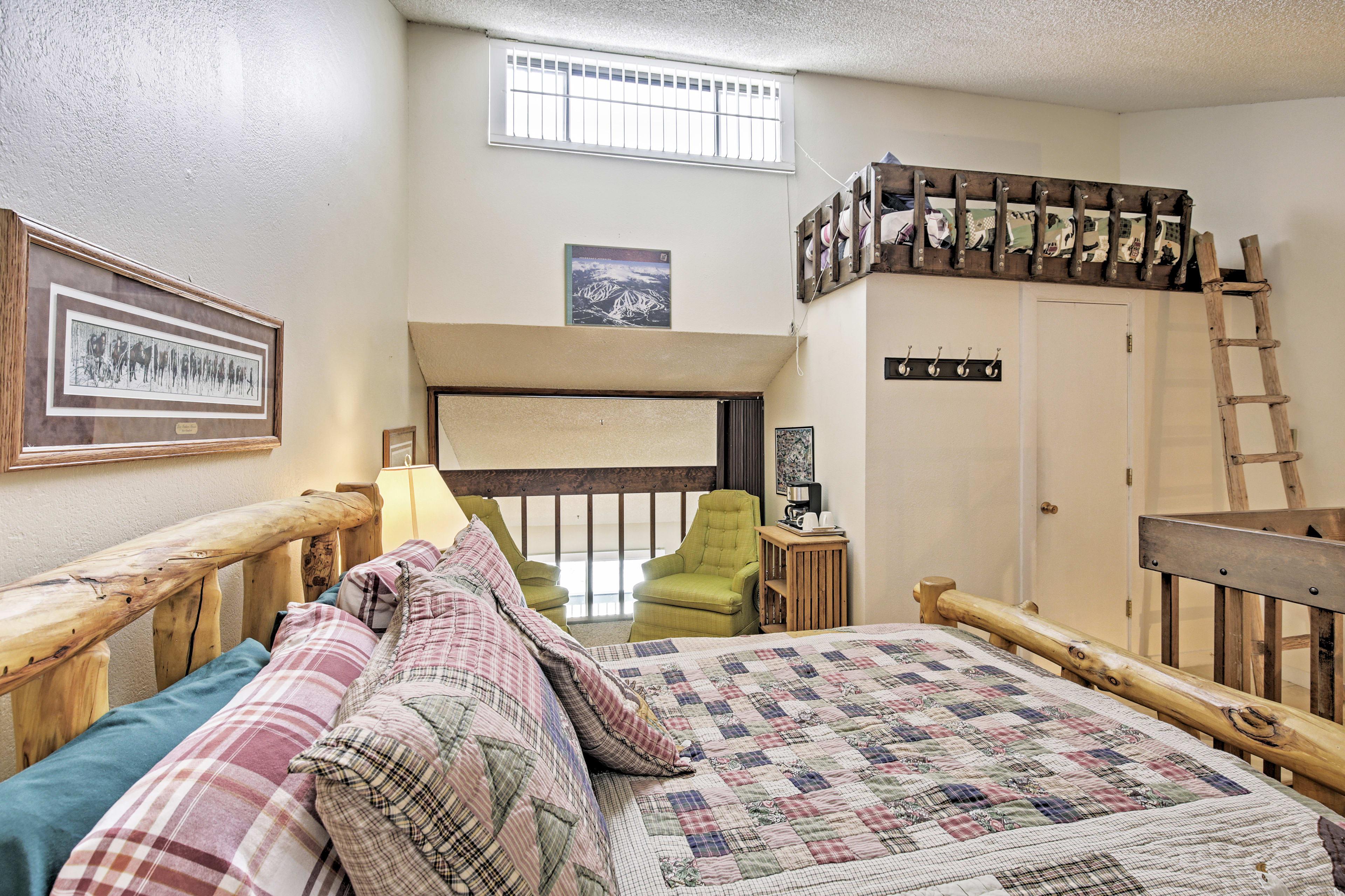 Bedroom 3 | 3rd Floor | Full Bed | Twin Bed