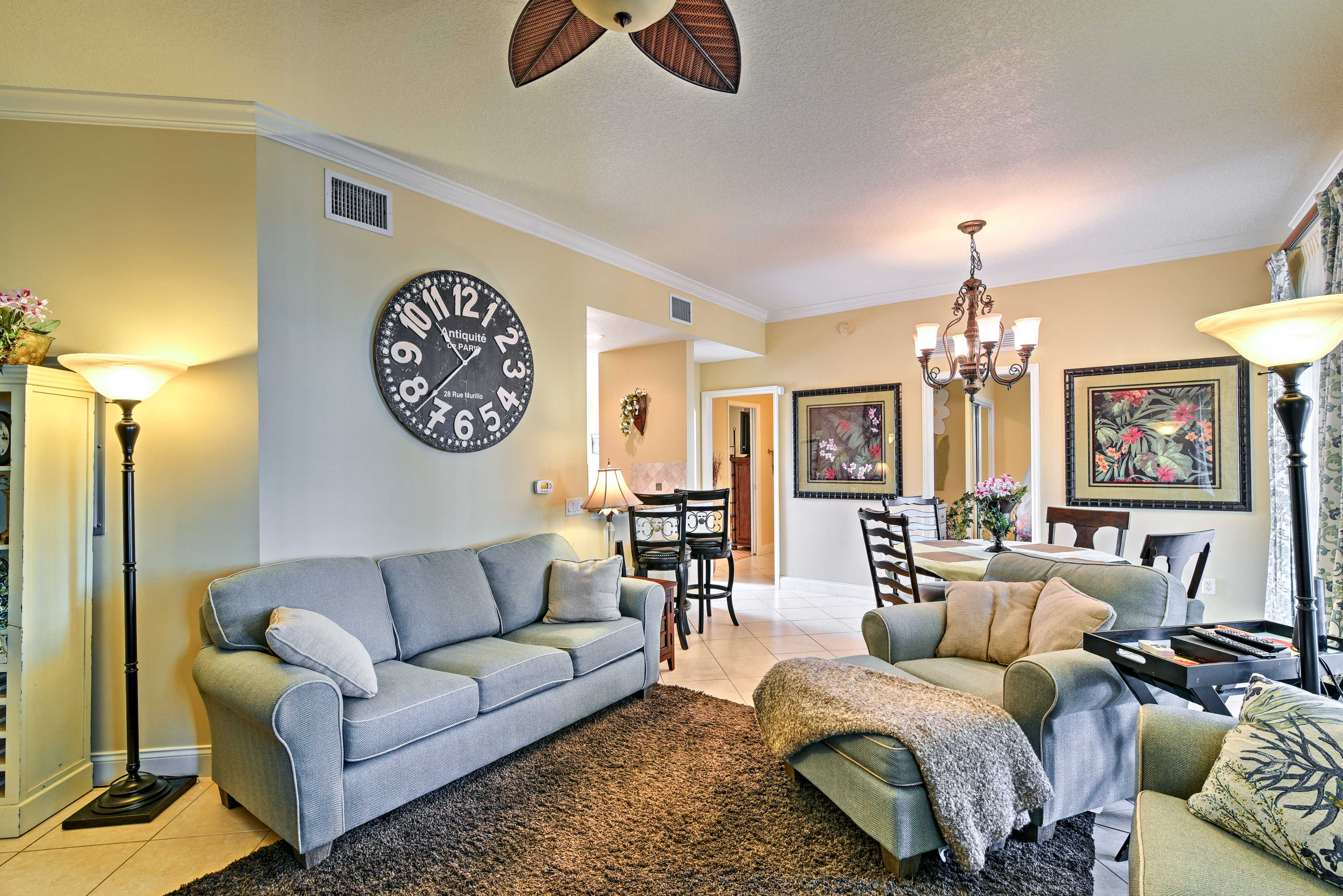 Living Room | Additional Accommodations Available