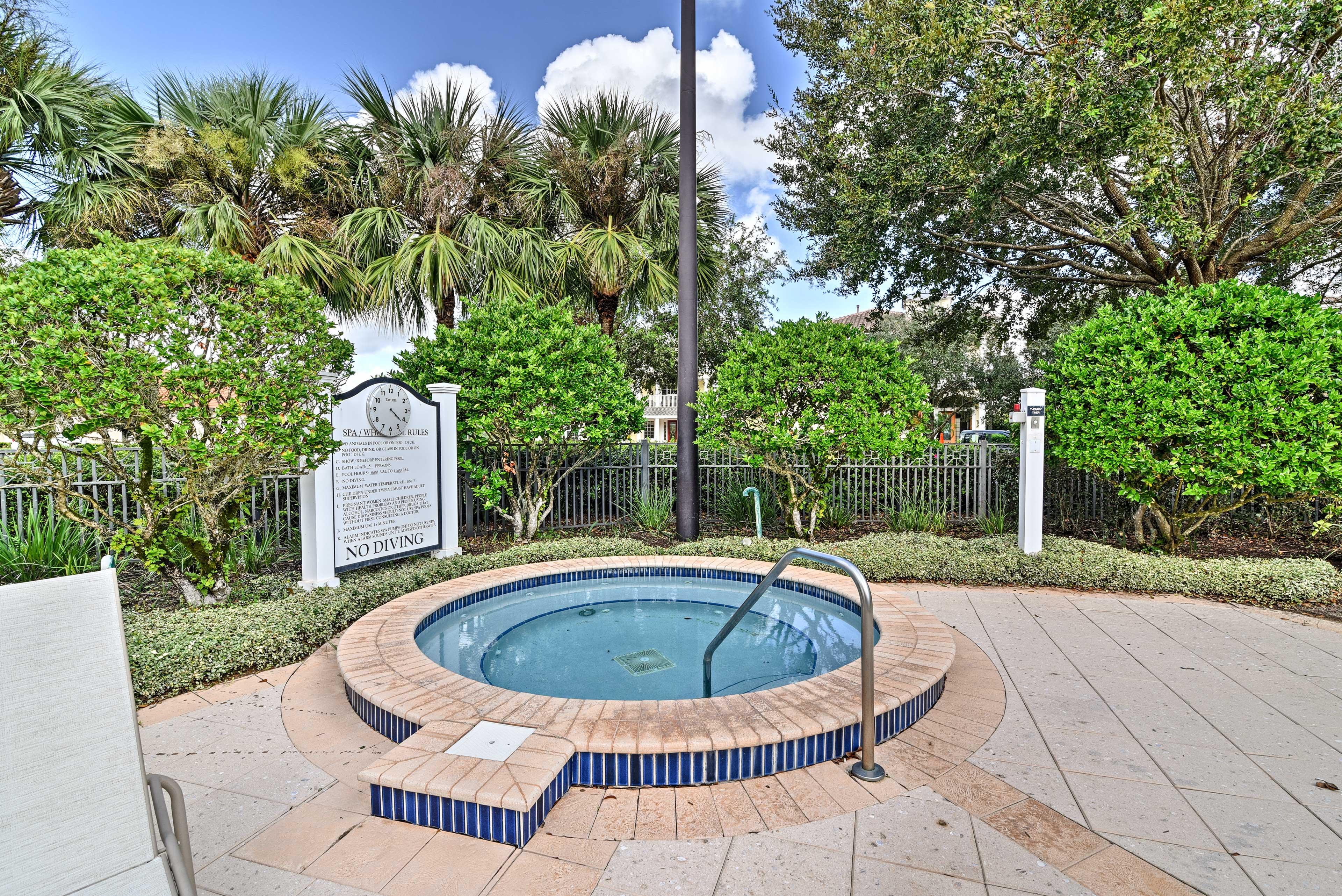 Resort Amenities | Hot Tub
