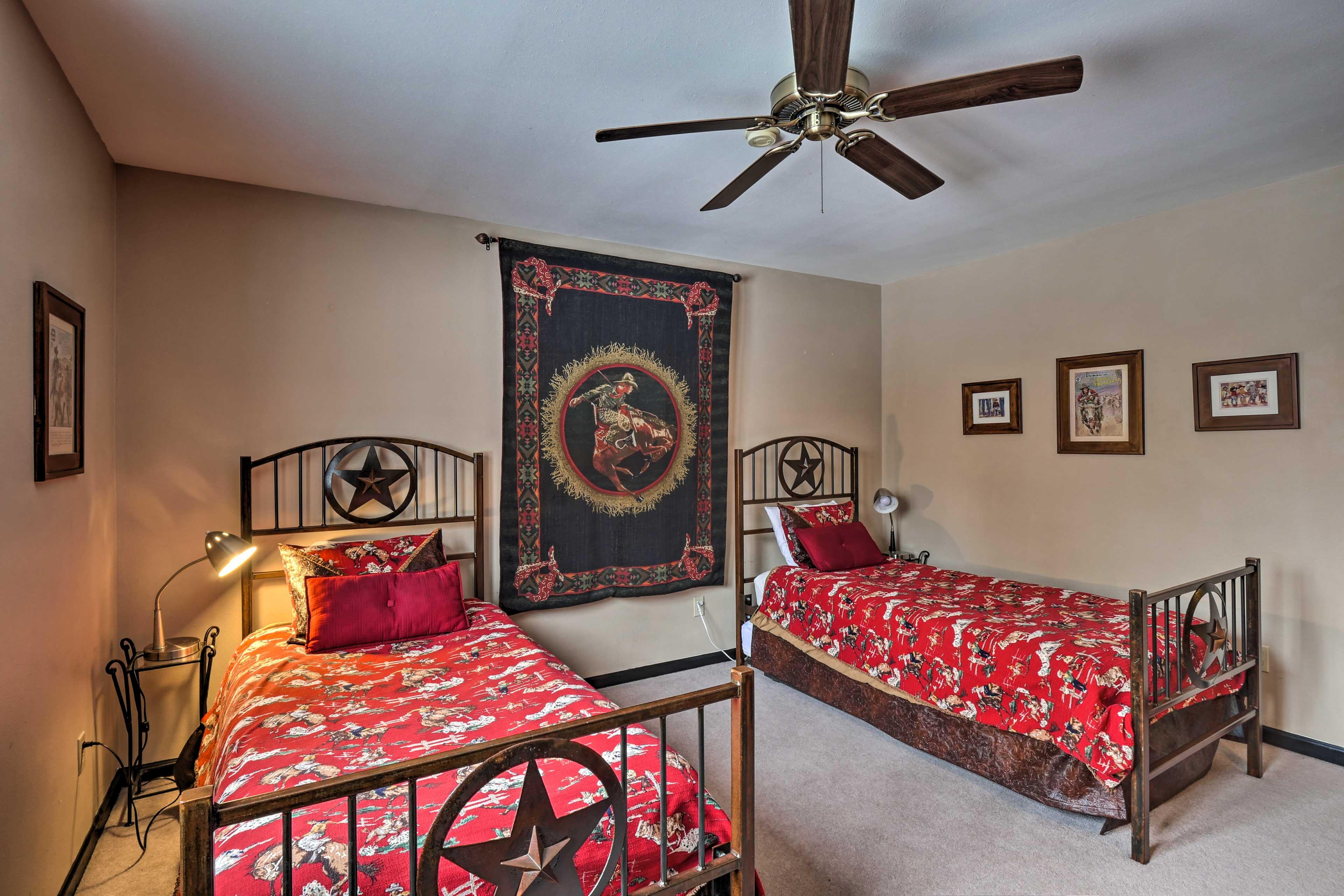 Bedroom 4   2 Twin Beds   Second Floor
