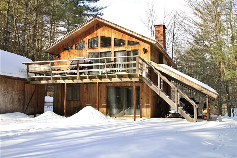 Londonderry Vacation Rental   3BR   2BA   2,000 Sq Ft   2 Stories