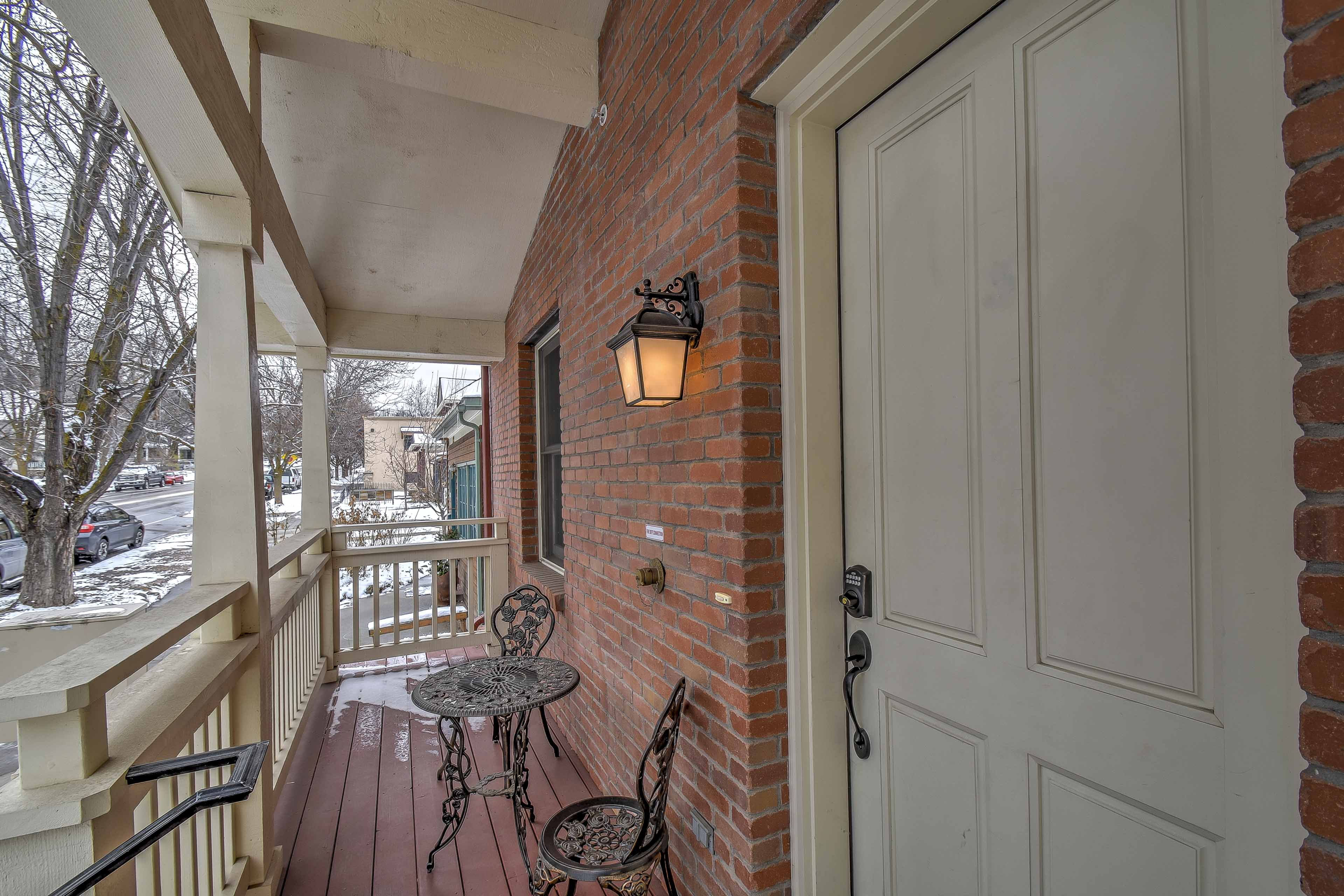 Front Porch | Steps Required