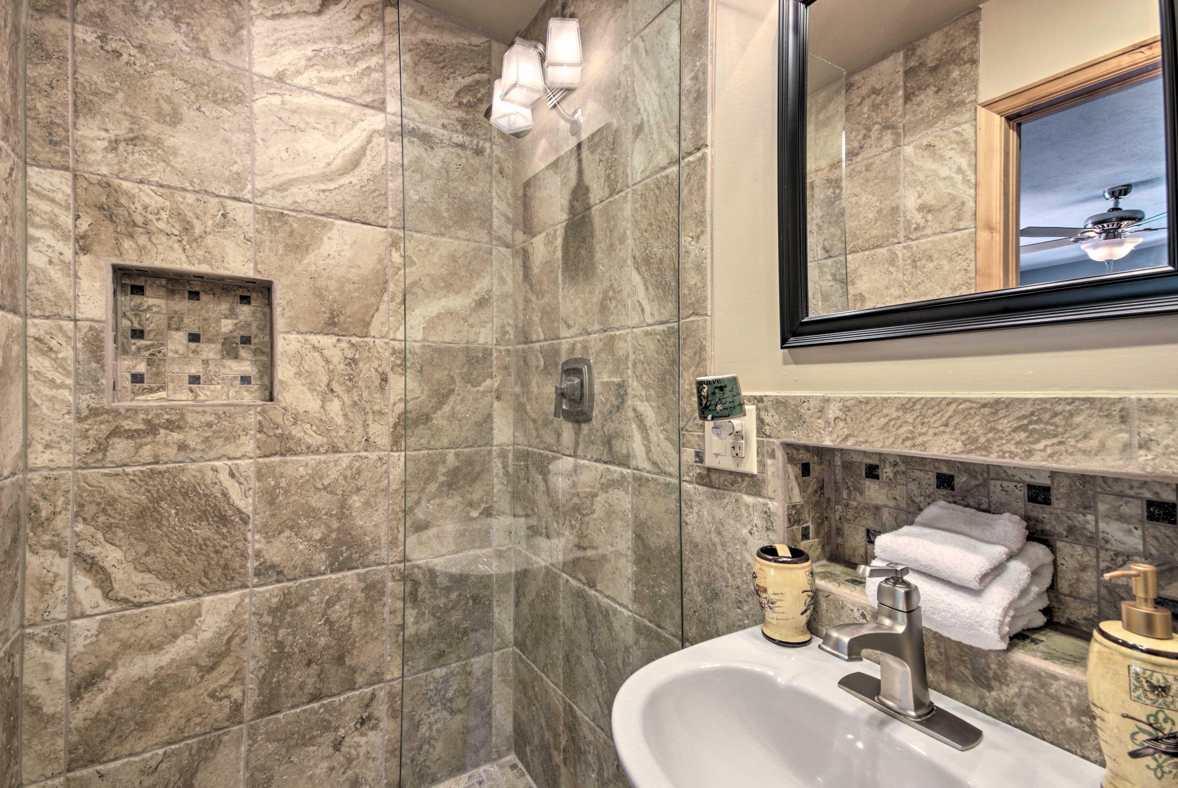 Main House   Bathroom   Ground Floor   Complimentary Toiletries