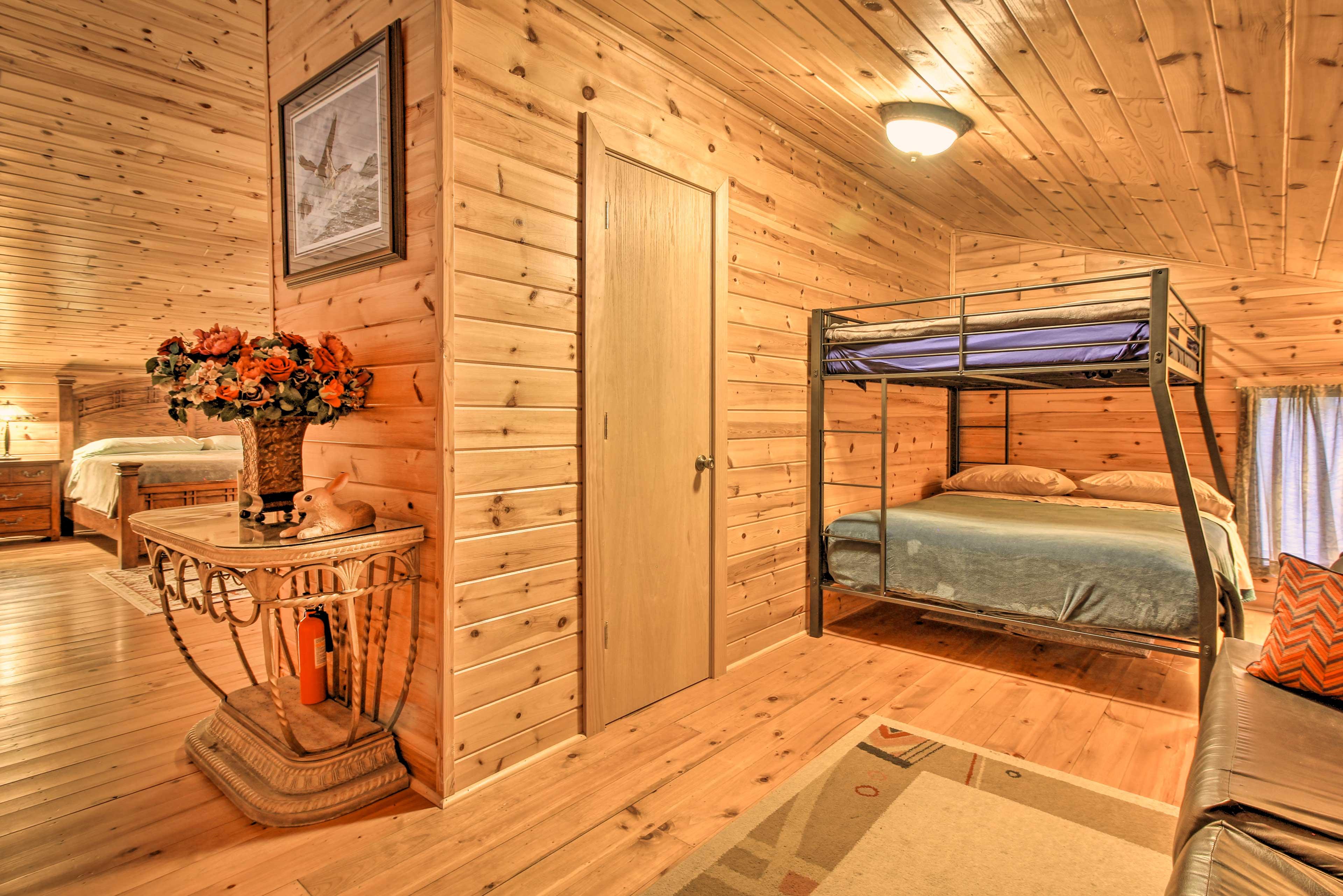 Master Bedroom | Additional Sleeping: Full/Queen Bunk Bed