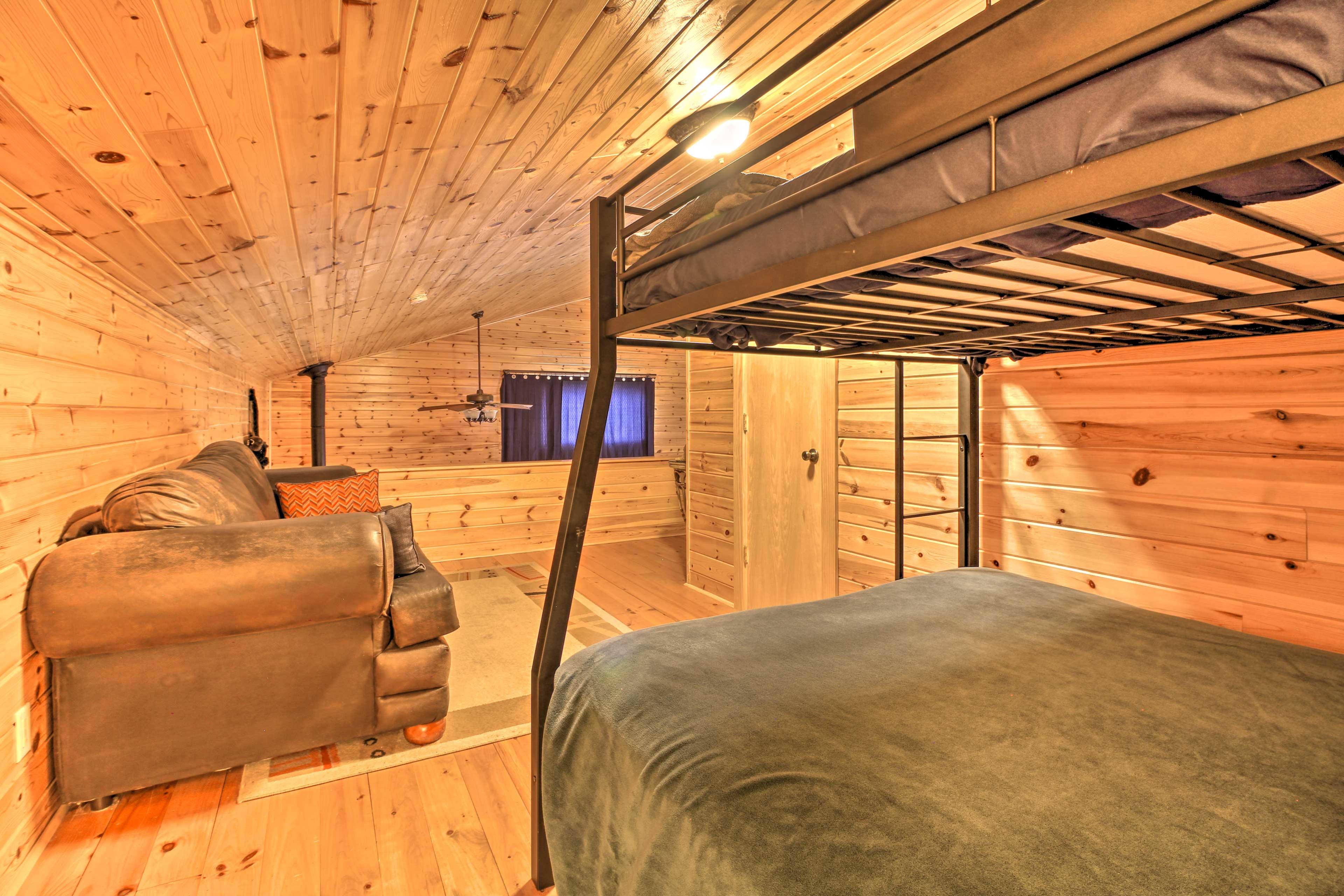 Master Bedroom | Bunk Area