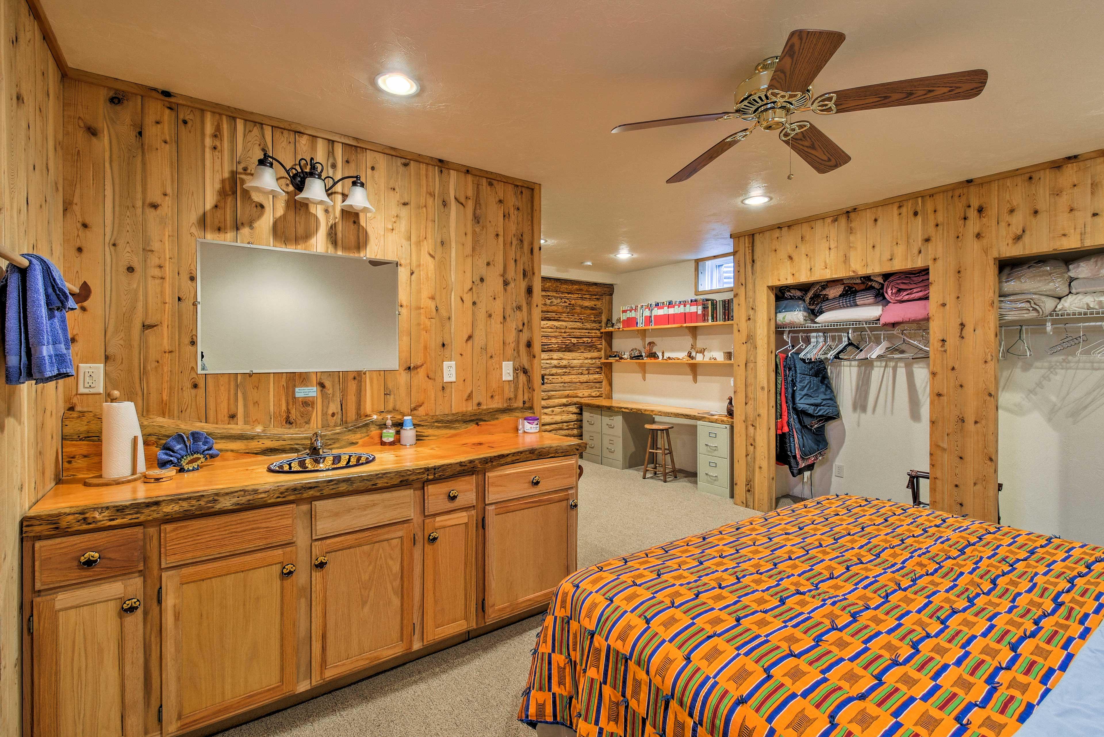 Master Bedroom 2 | Private Vanity