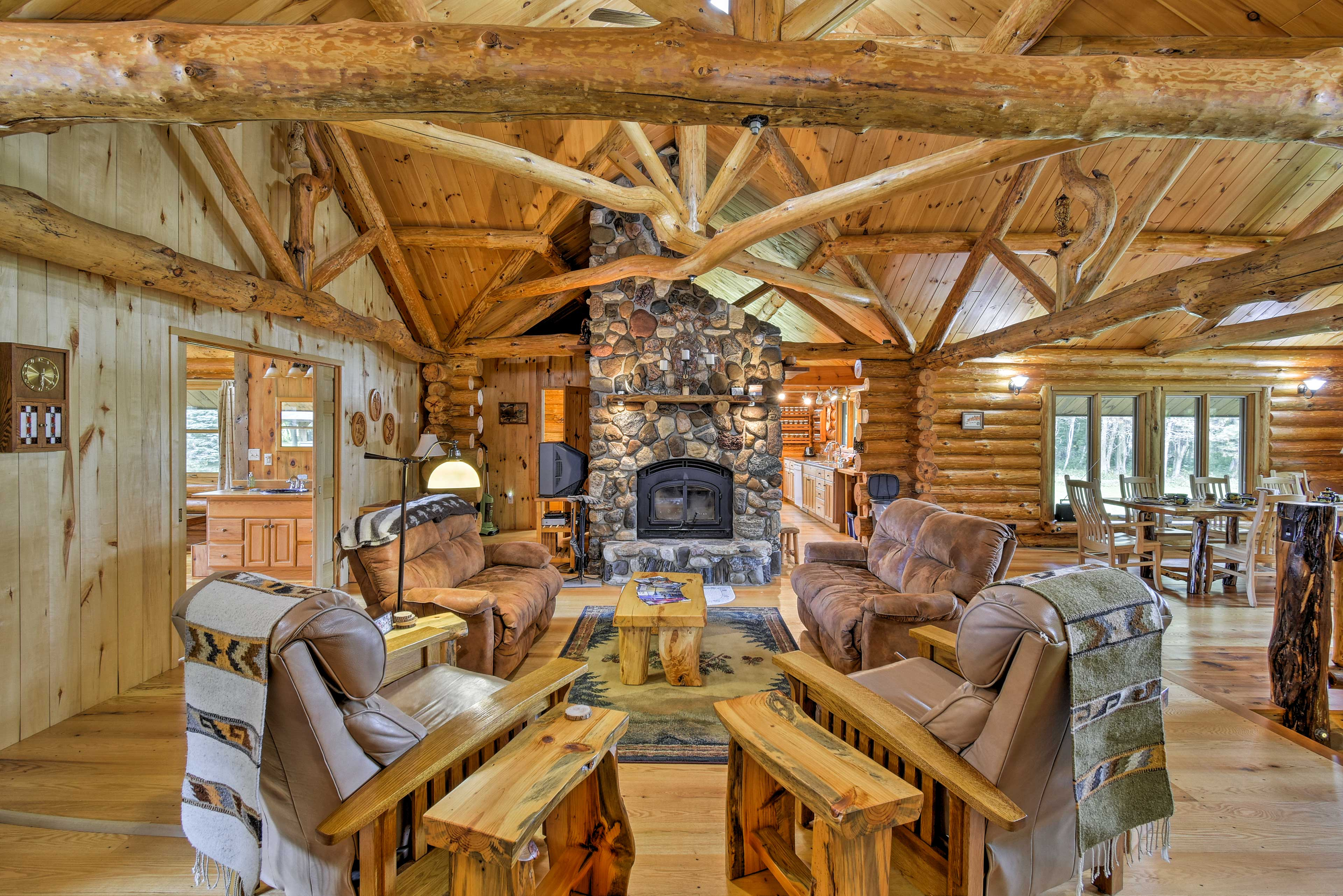 Living Room | Master Craftsman Fieldstone Fireplace
